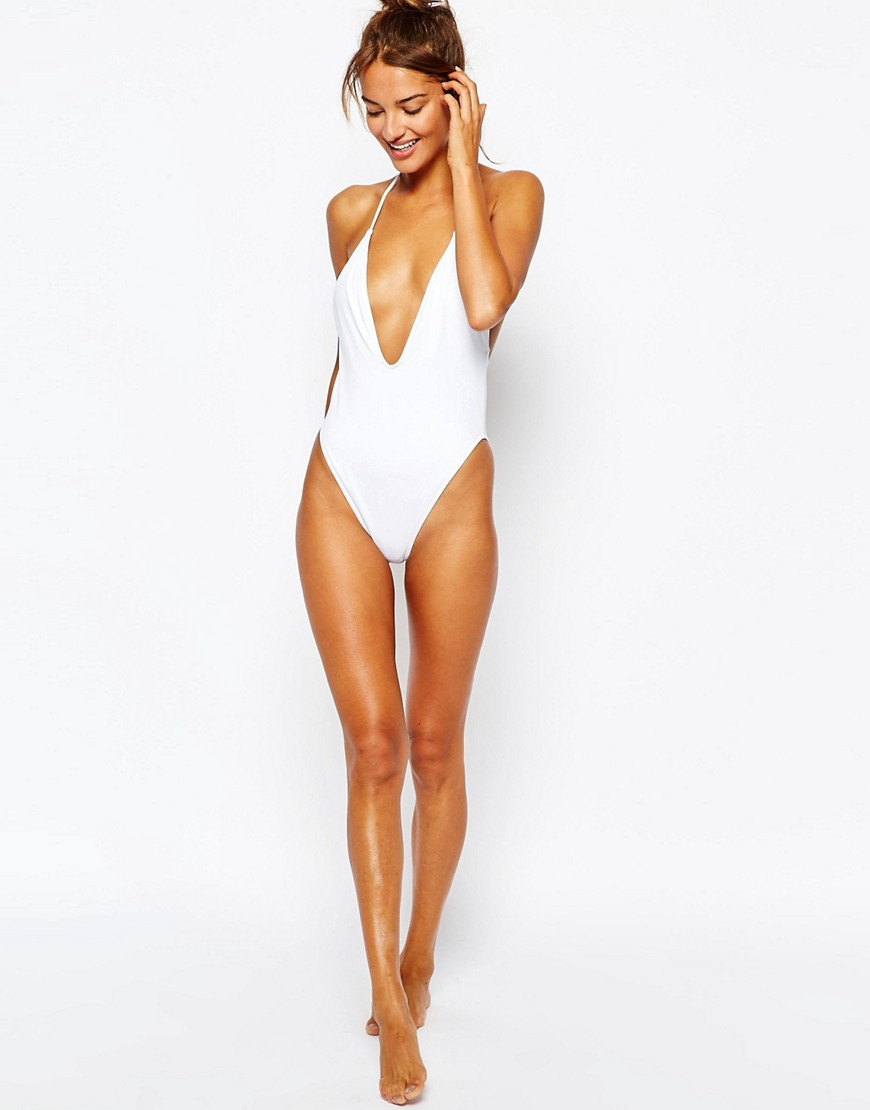 7521112586d0f The Throwback Swimsuit Cut Celebs and Shoppers Can t Get Enough Of ...