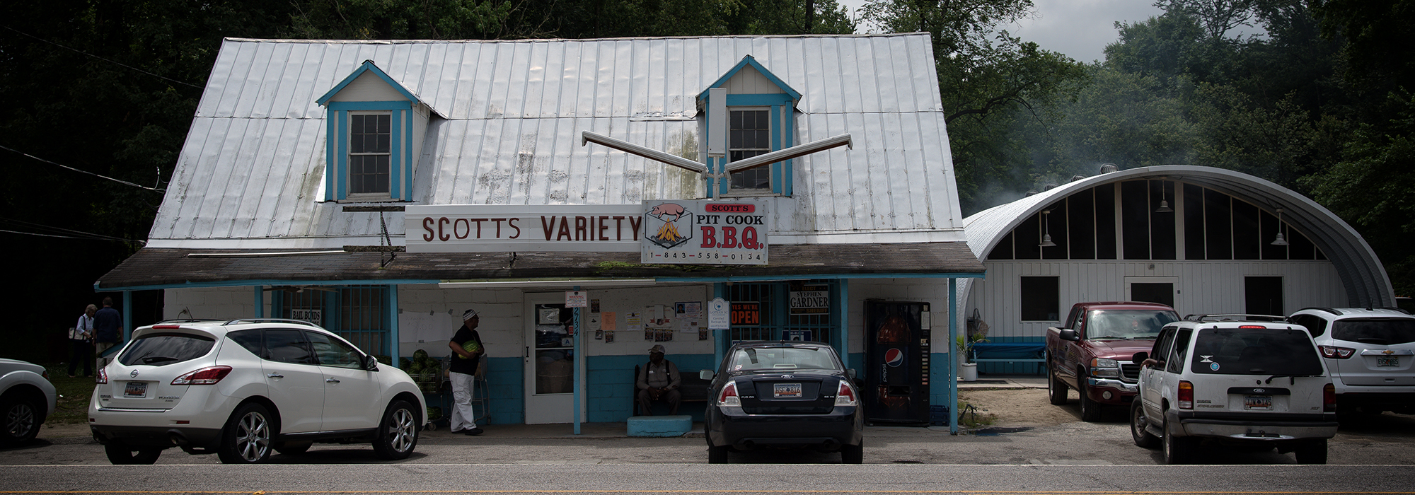 Scott S Bar B Que Keeps Whole Hog Tradition Alive In