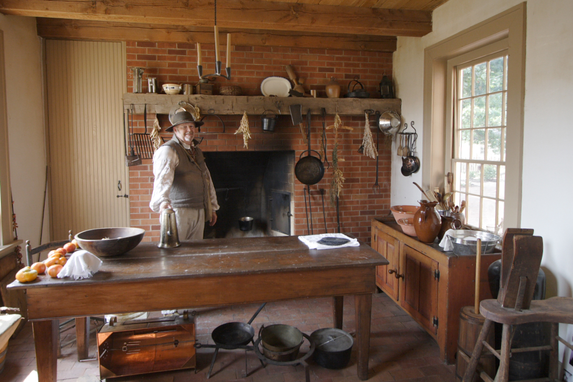 Historic homes 101 what exactly is a summer kitchen for House kitchen images