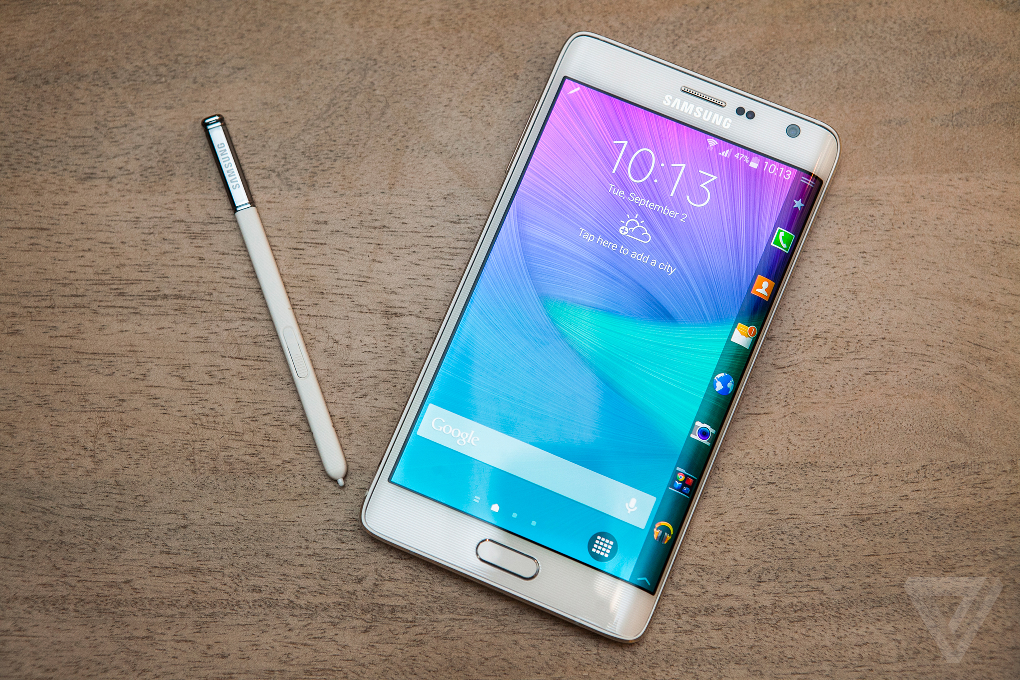The Galaxy Note Edge is a flagship phone with an entirely