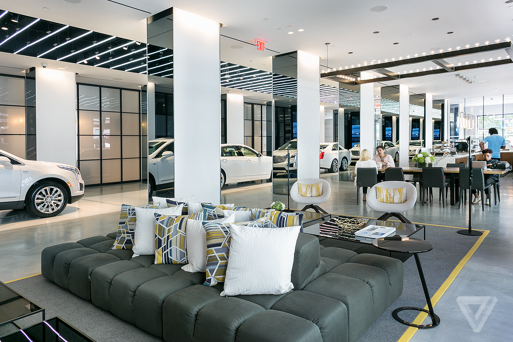 Can Cadillac Reinvent Itself The Verge - Cadillac dealers in new york