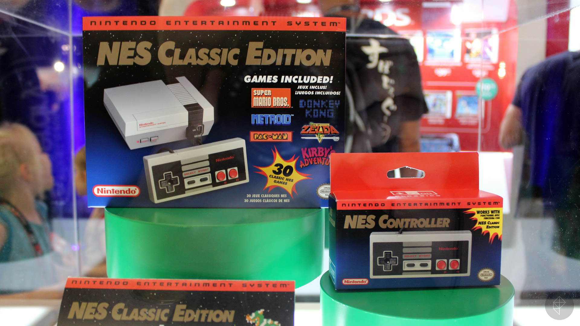 Up Close With Nintendo S New Nes Classic Edition Polygon