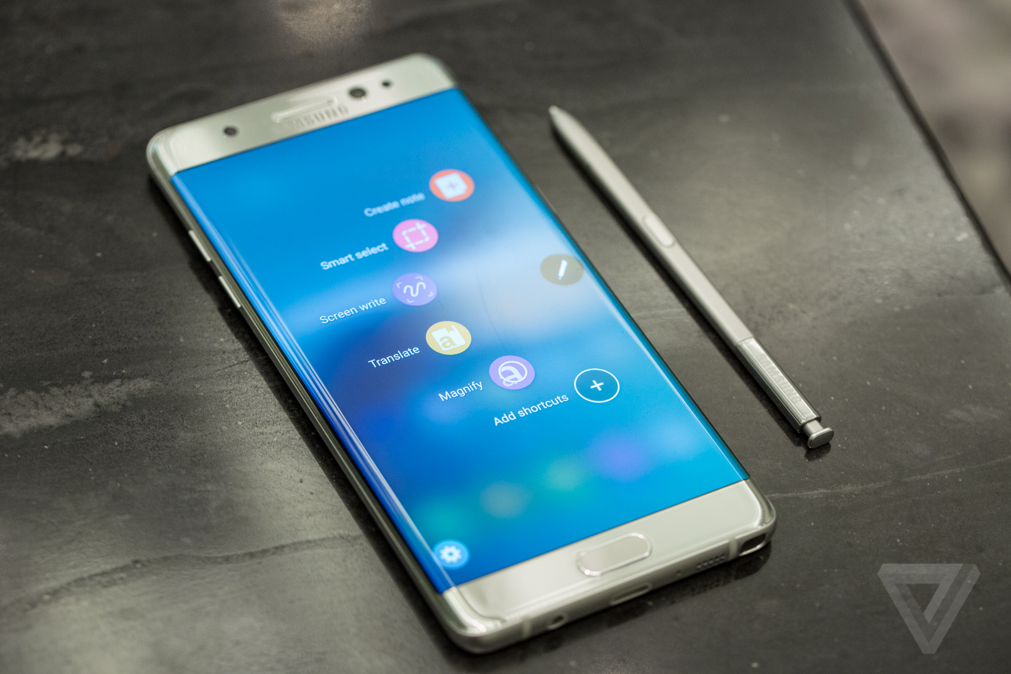 Samsung Galaxy Note 7 arrives August 19th with curved display, iris