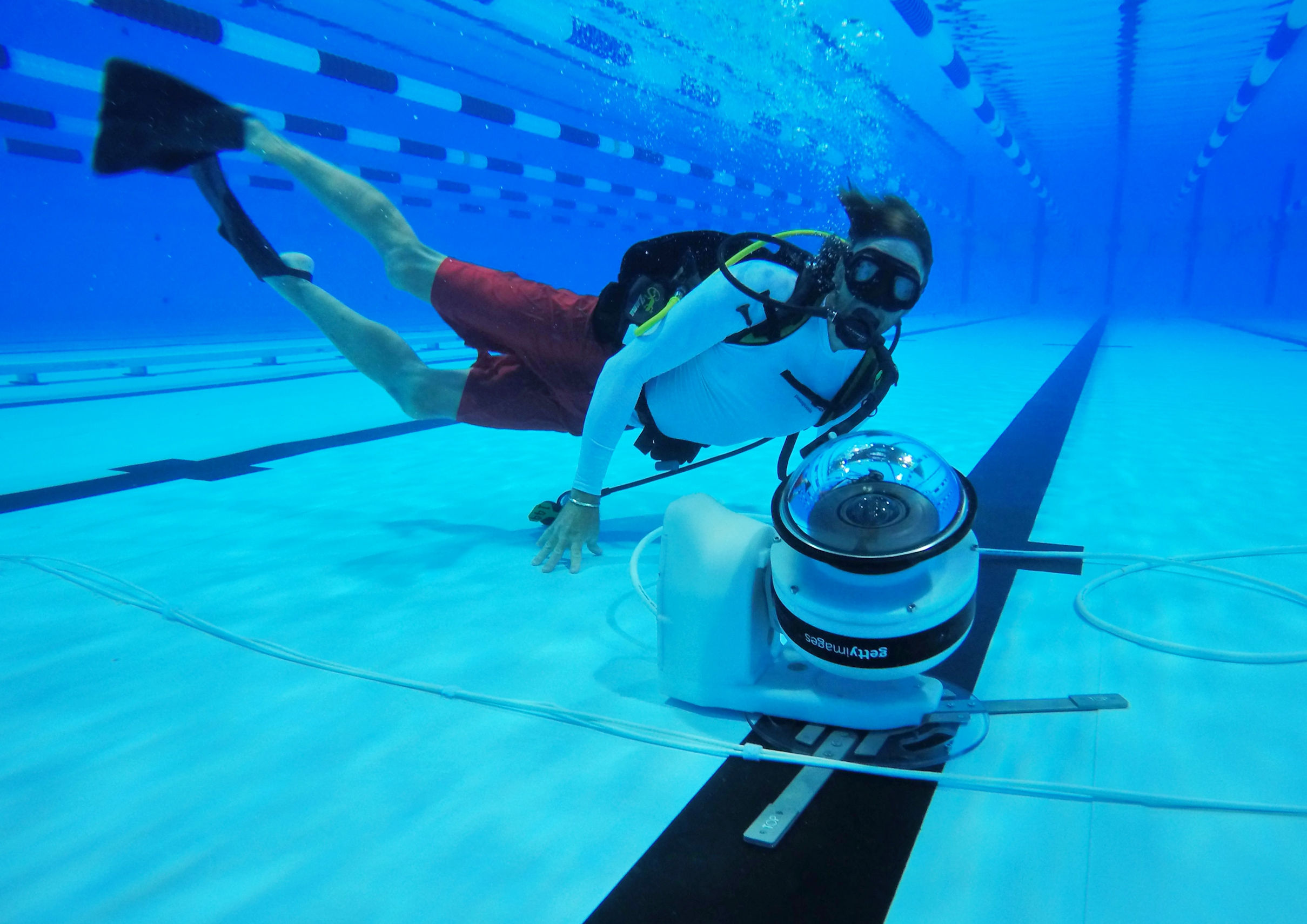 gettys robotic underwater camera lets photographers track the action courtesy of getty images
