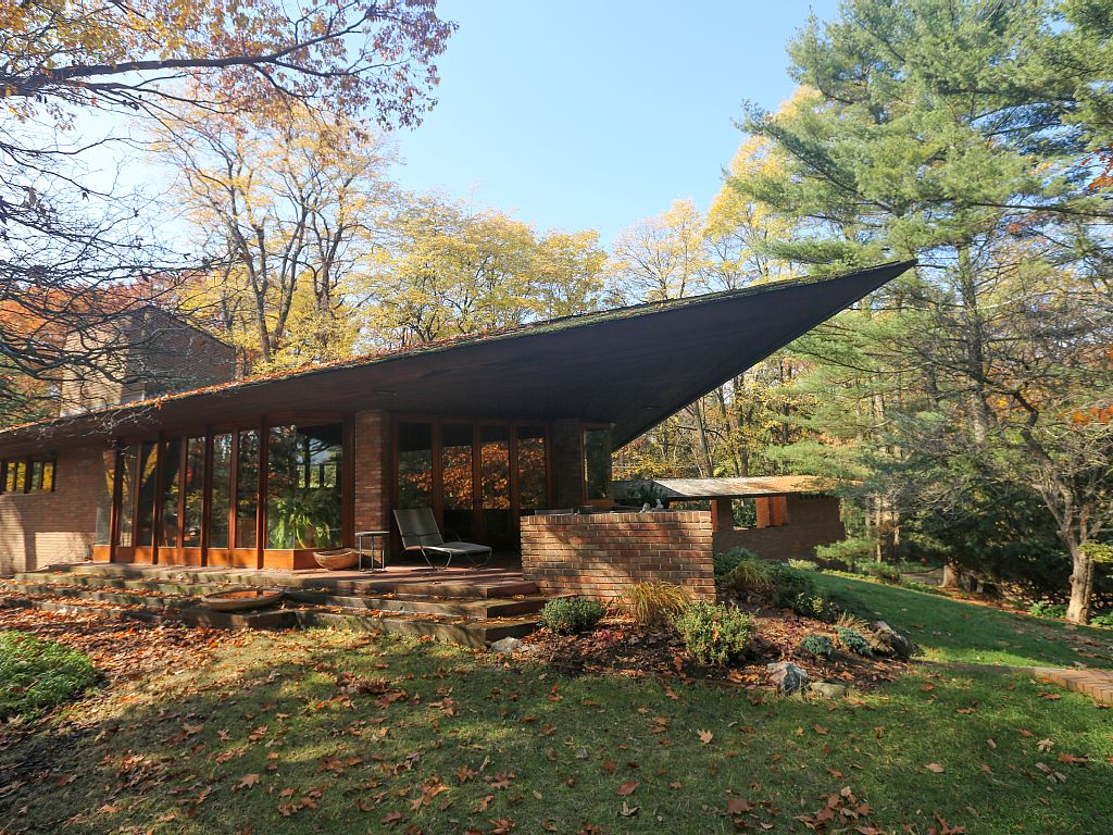 11 Frank Lloyd Wright Homes You Can Rent Right Now  Curbed. Network Vulnerability Scanner Free. Auto Insurance South Carolina. Solar Power In Massachusetts. Wilshire Consumer Credit Mortgage Rates In Ny. Assisted Living Virginia Beach Va. Securitas Payroll Number Plymouth Dental Care. Government Students Loans Rehab Charlotte Nc. Chiropractic School In New York