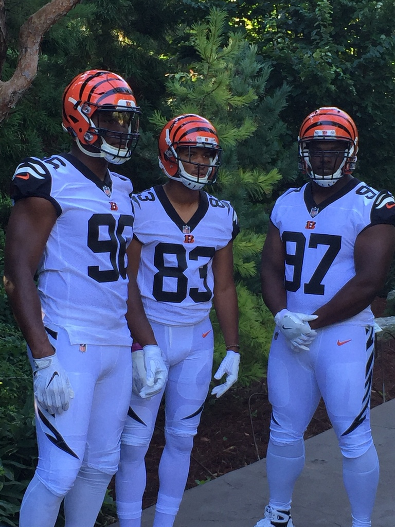 bengals u0027 unveil white tiger inspired color rush uniforms for