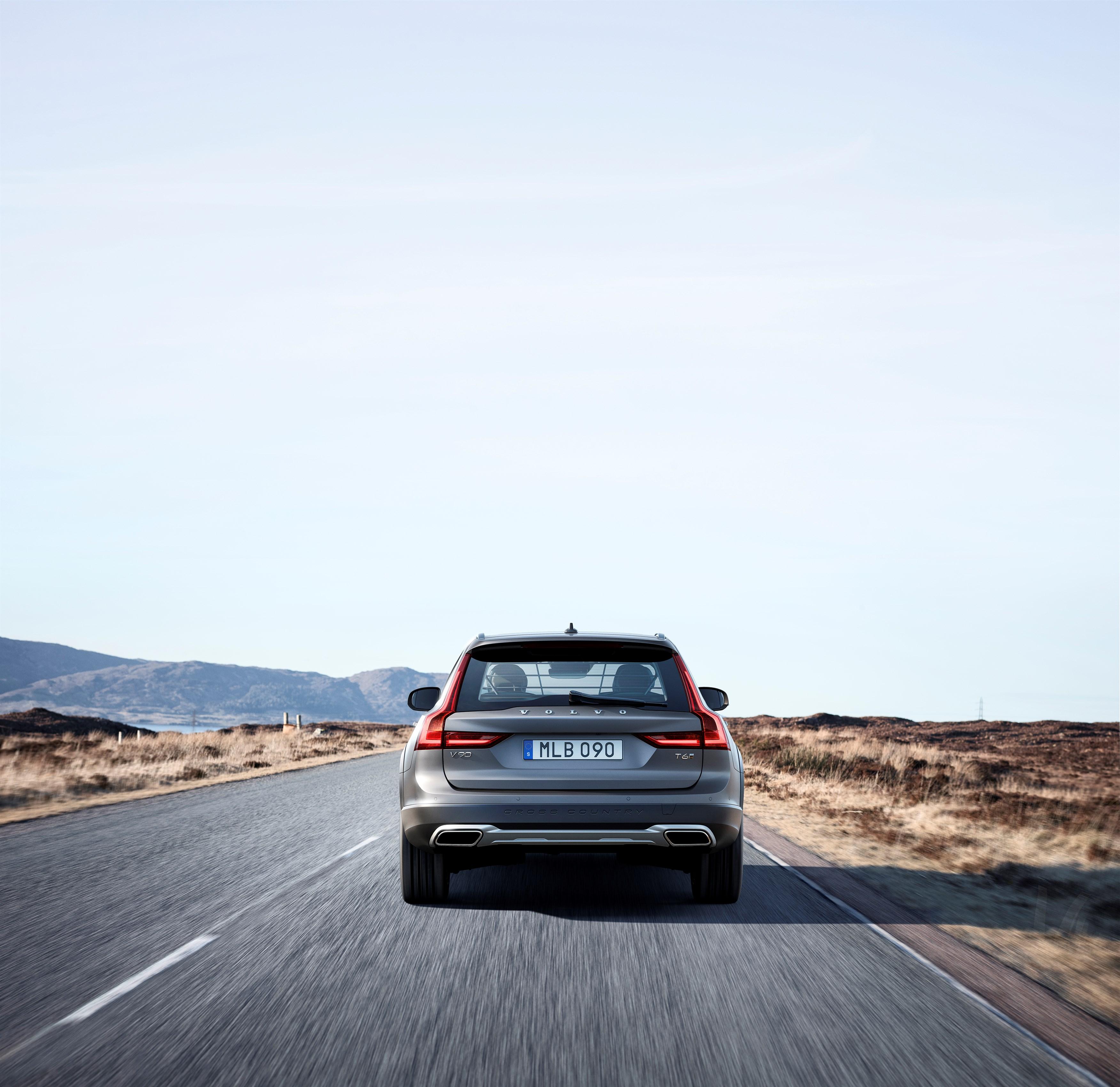 The Volvo V90 Cross Country, Unofficial Car Of Colorado