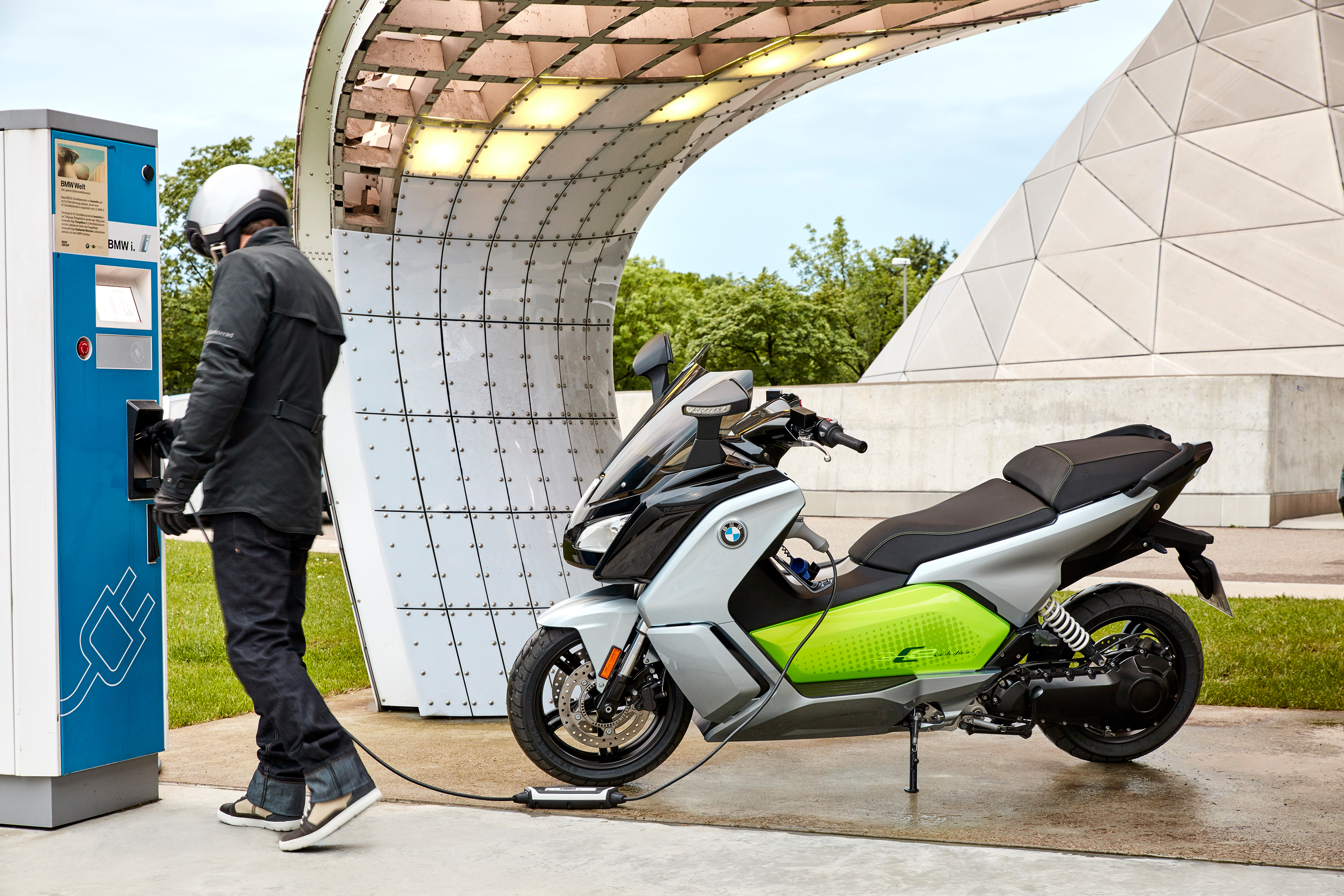 This Sweet Bmw Electric Scooter With 99 Mile Range Is