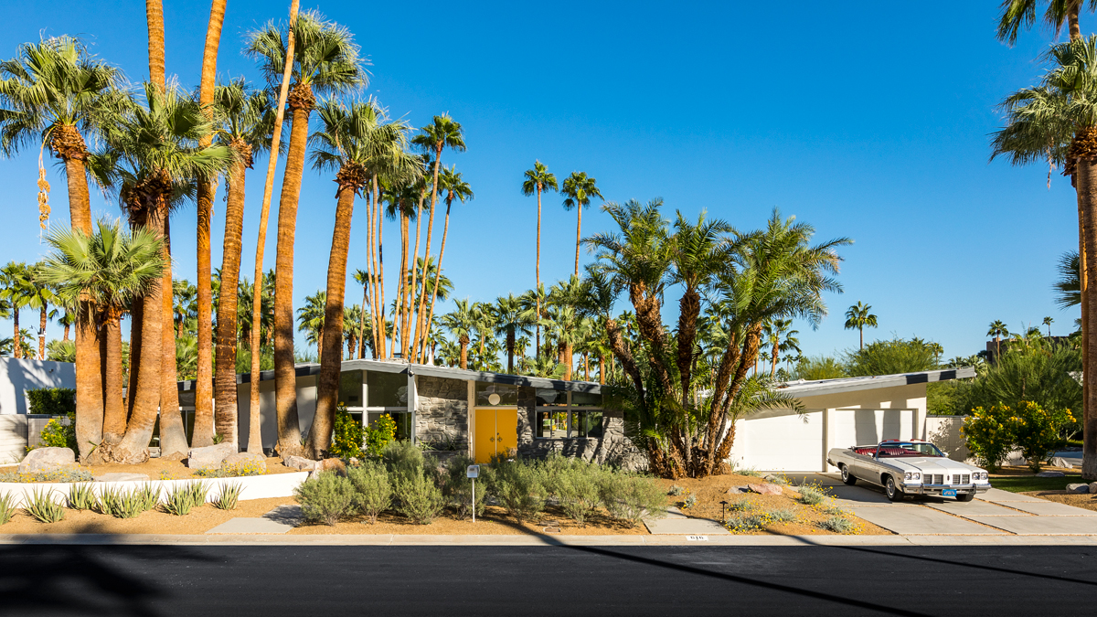 Palm springs midcentury with pool and panoramic views asks for Palm springs mid century modern homes for sale