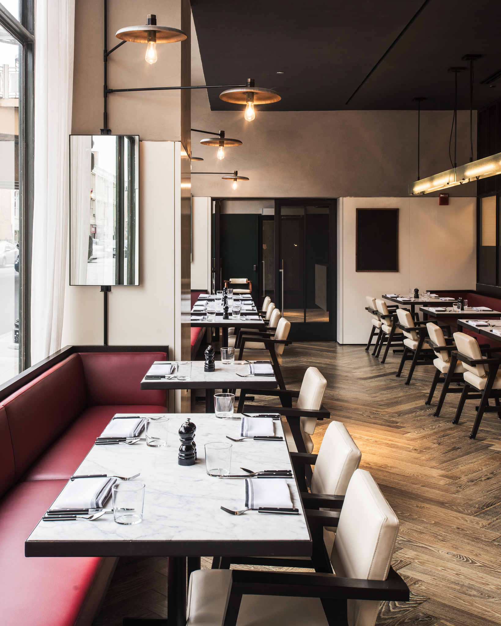 Tour the wicker park hotels 39 restaurants bars and for Robey hotel chicago