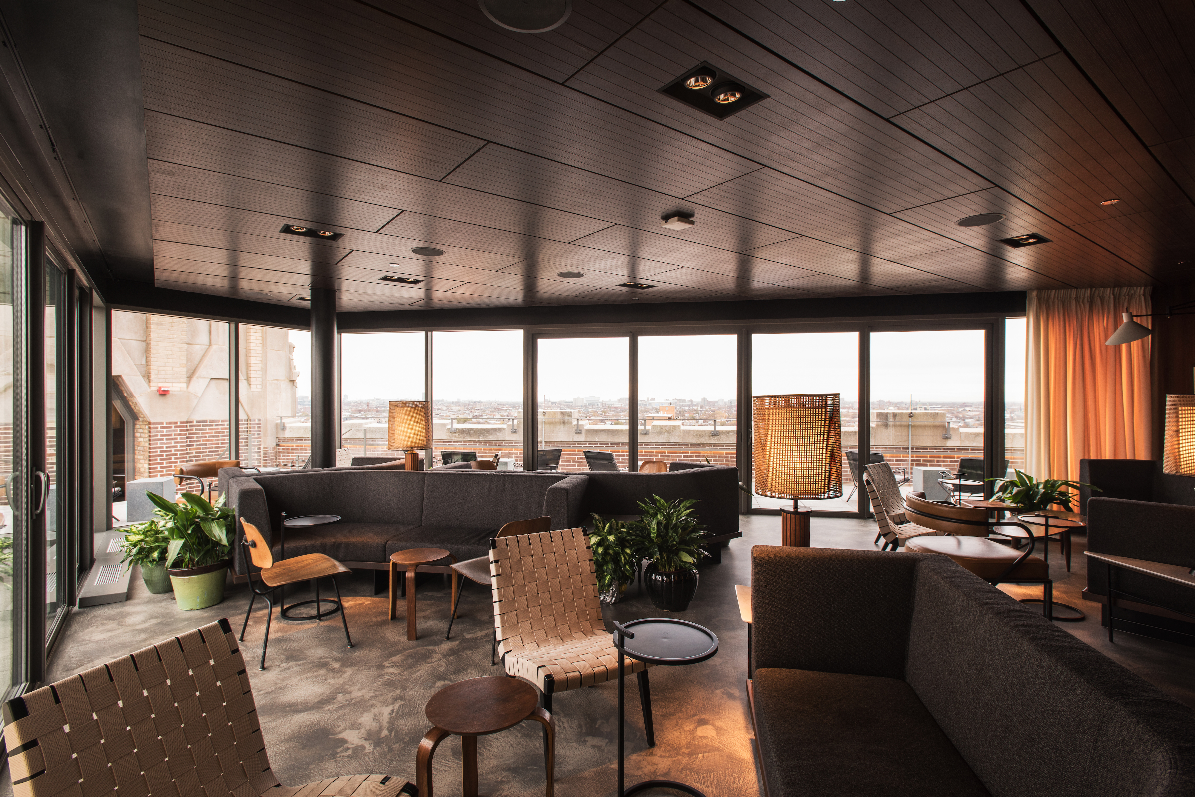 Take a tour through wicker park s new robey hotel curbed for Robey hotel chicago