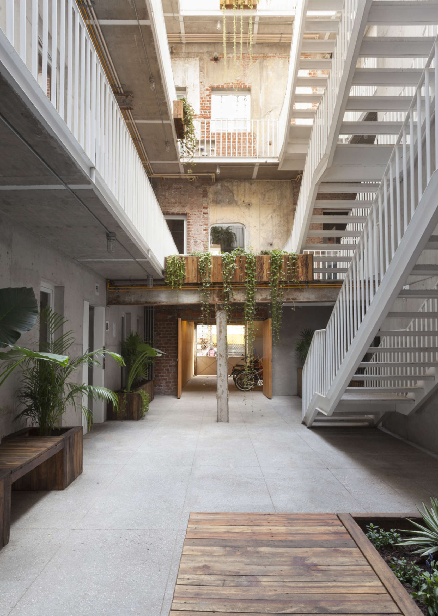 Old And New Architecture Design Relationship abandoned mexico city building gets new life as a vibrant mixed