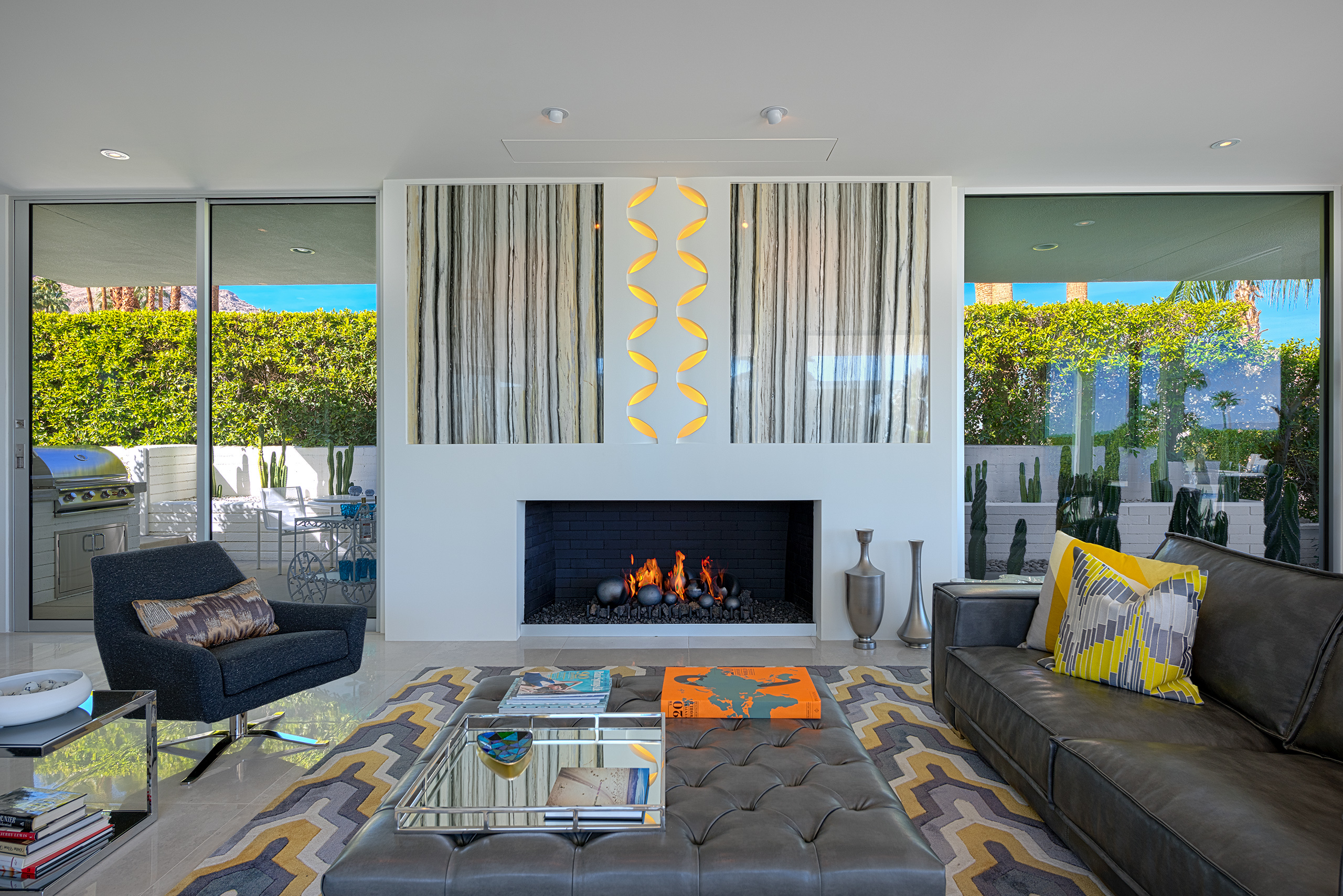 Hildi Trading Spaces 1960s California Getaway Gleamingly Refurbished Asks 3m