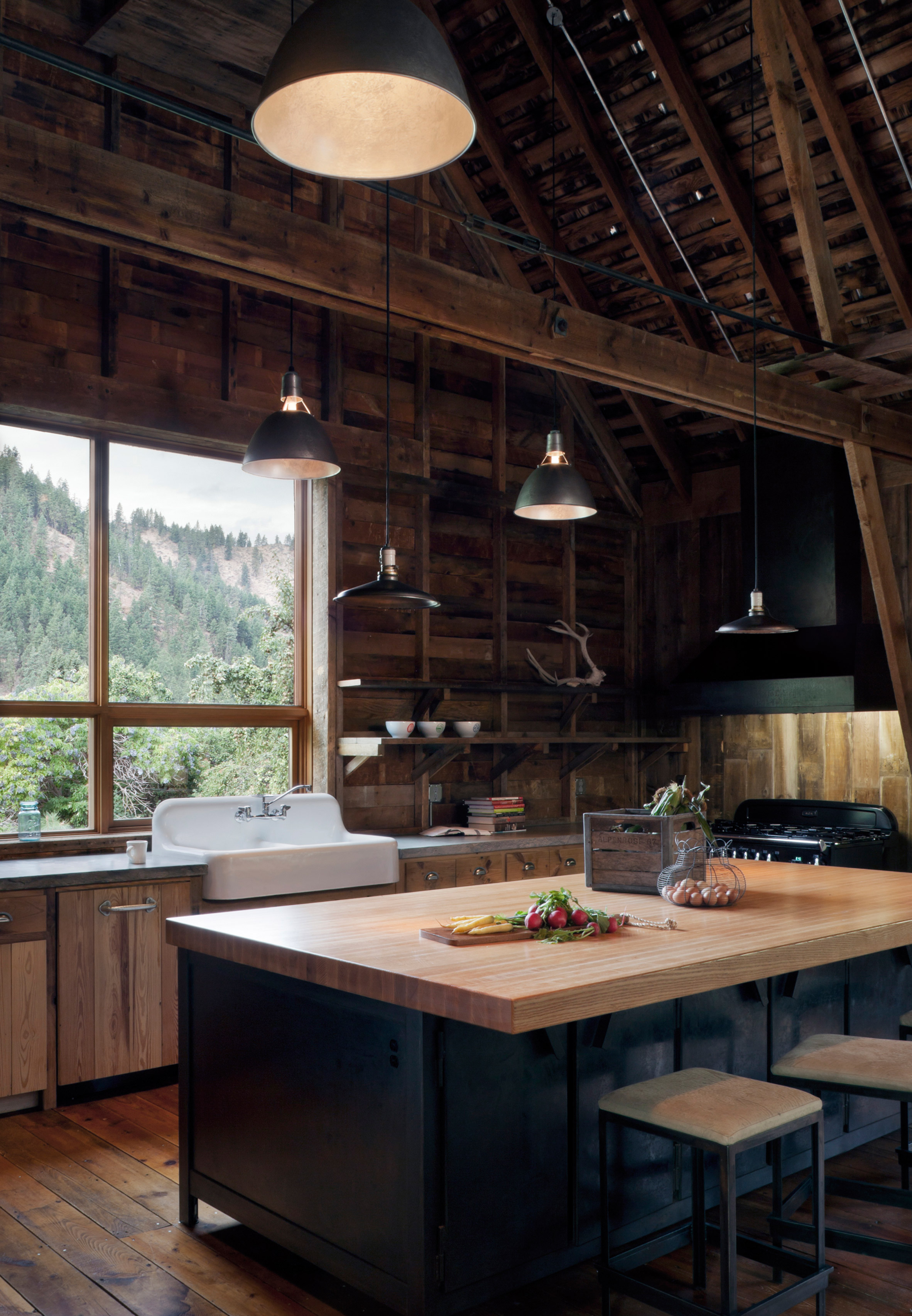 Mw works architecture - Clocking In At 3 875 Square Feet The Structure Now Named The Canyon Barn Pretty Much Needed A Total Overhaul To Be Livable Including The Addition Of