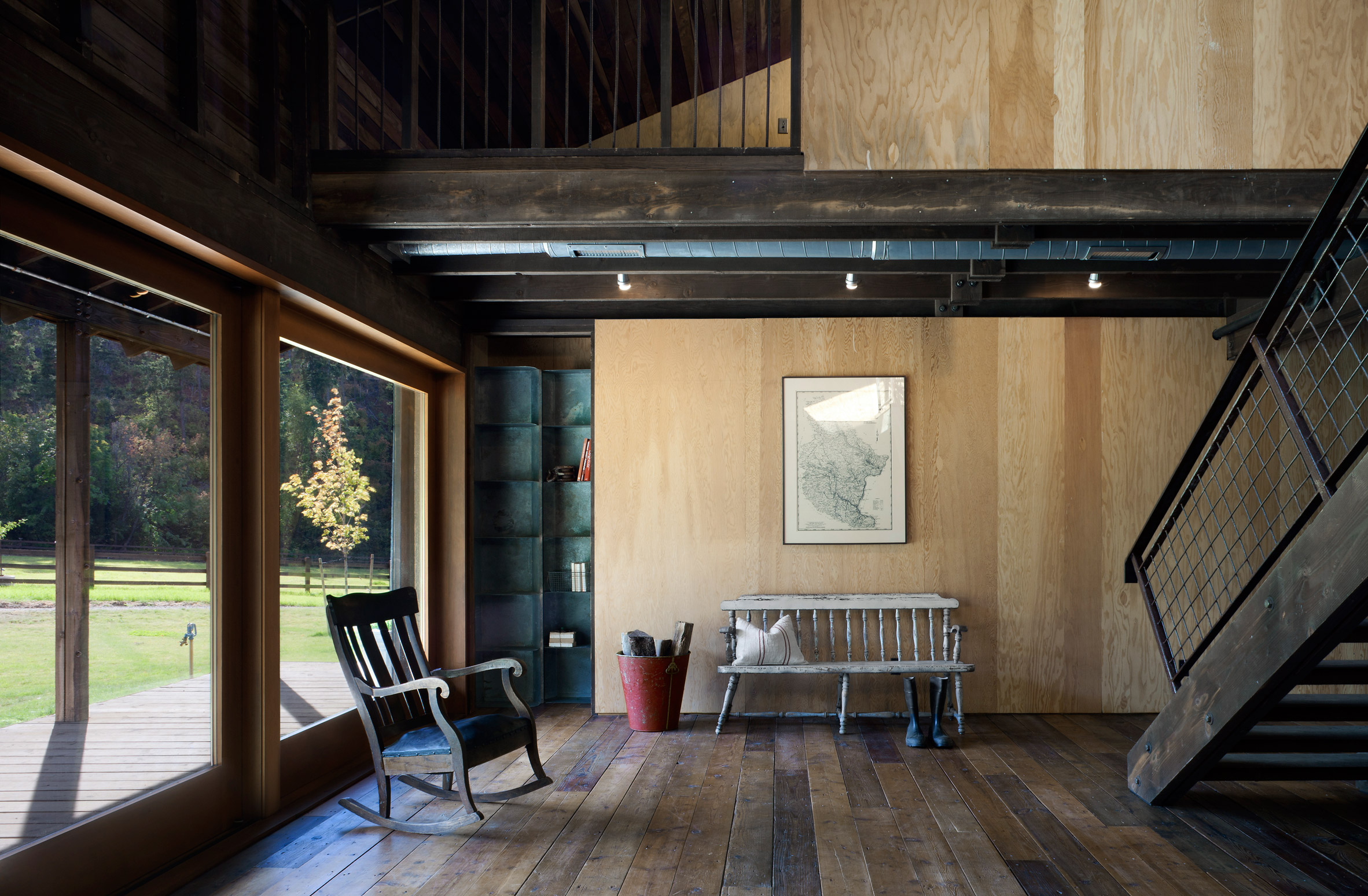 Mw works architecture - Barn Transformed Becomes Gorgeous Rustic Home In Pacific Northwest