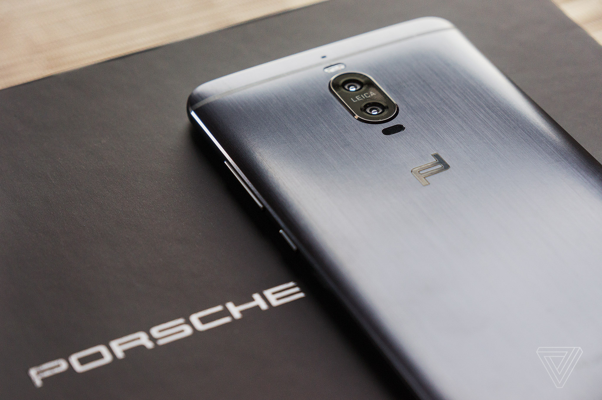 this is the first porsche design phone worthy of the name the verge. Black Bedroom Furniture Sets. Home Design Ideas