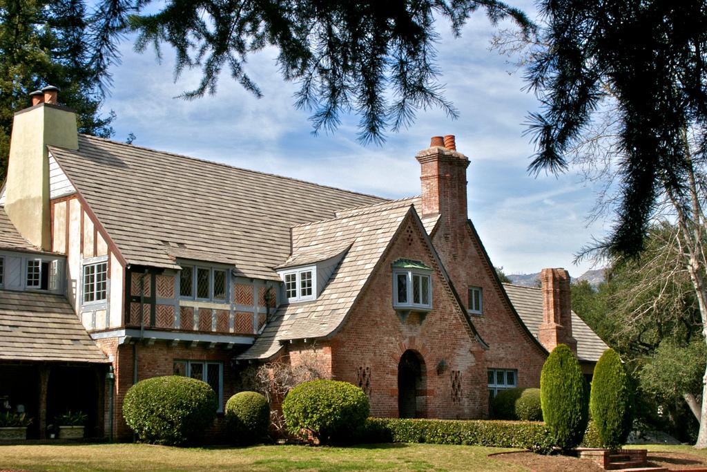 Paul revere williams pioneering black architect named for John paul greene custom homes