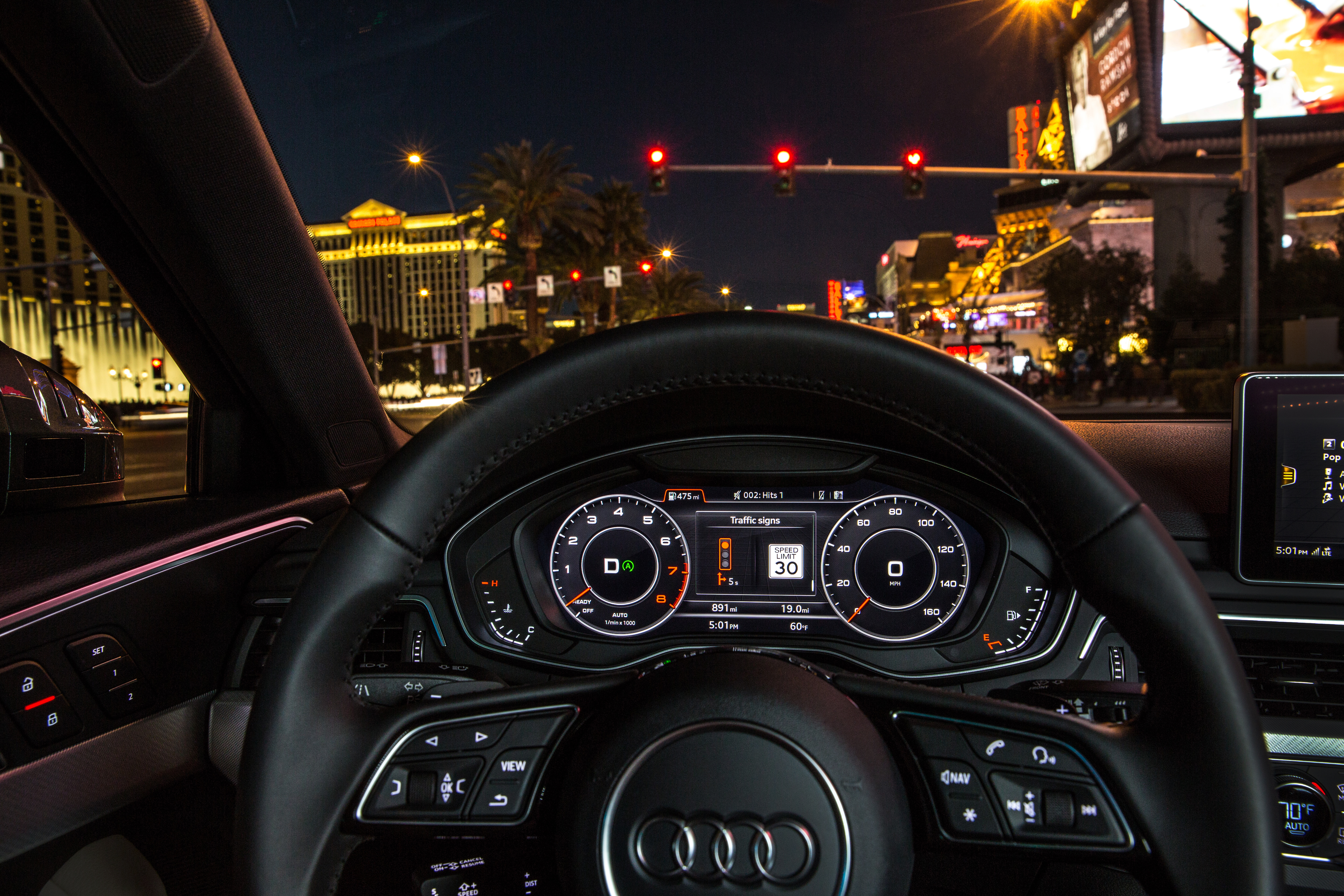 This Audi Knows When The Lights Going To Change The Verge - Car signals
