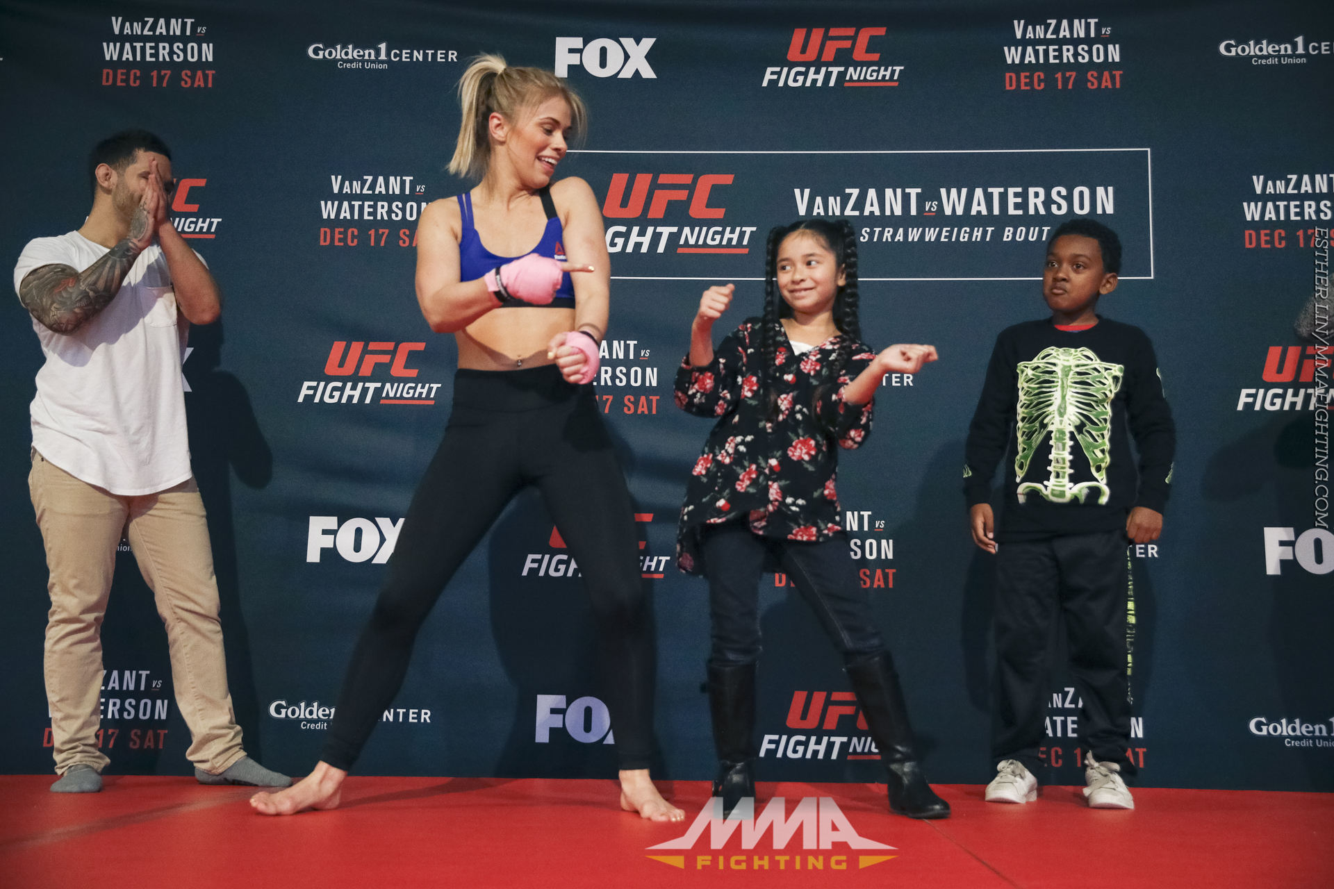 Ufc On Fox 22 Open Workout Photos Paige Vanzant And Fans Dance During The Workouts At Golden 1 Center In Sacramento Thurs Dec