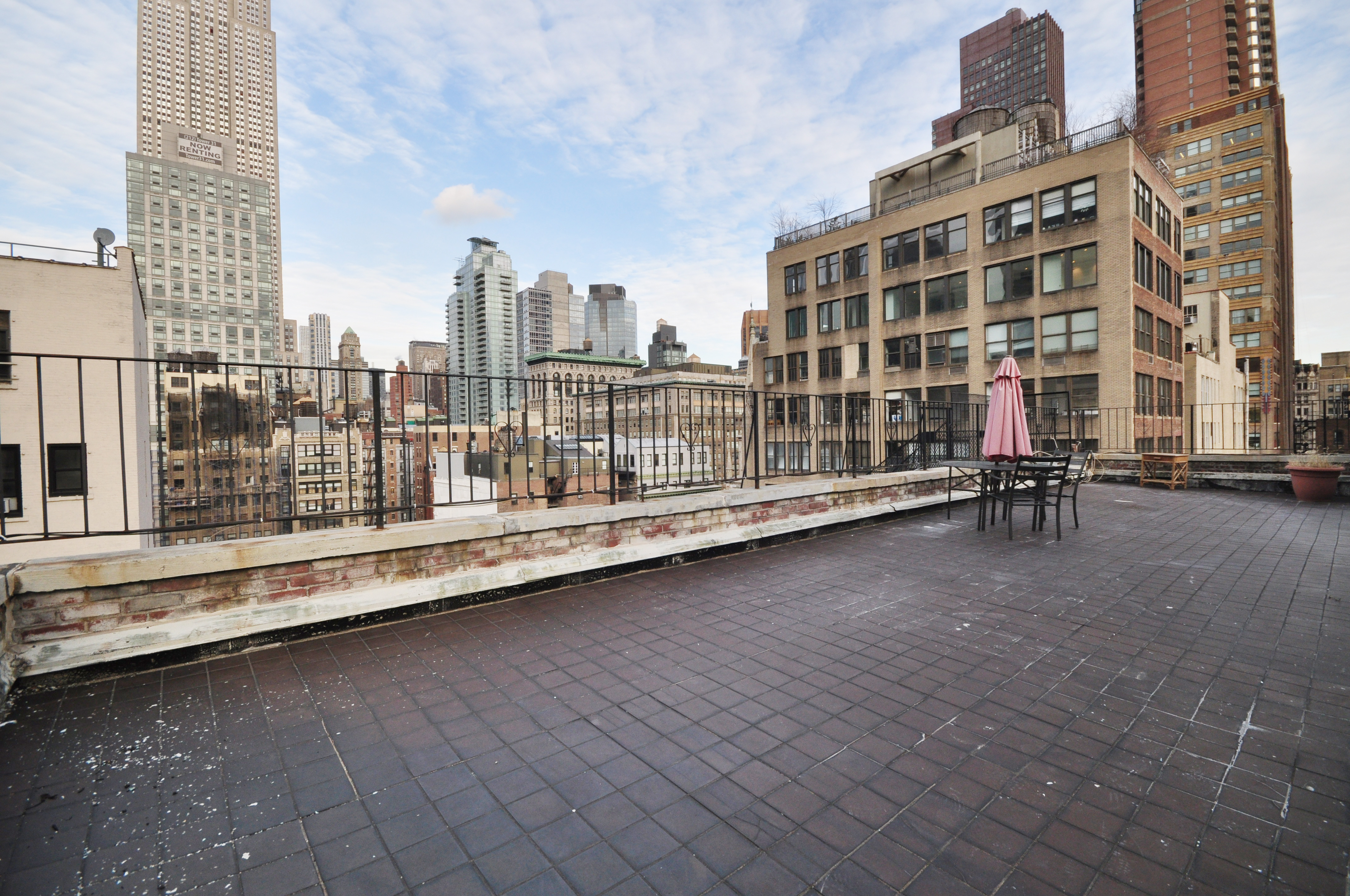 hidden nomad rooftop cabin is nyc s most unusual rental curbed ny