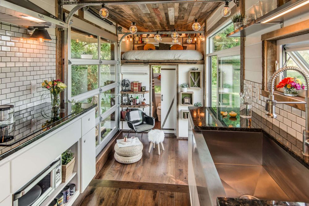 Tiny houses in 2016 more tricked out and eco friendly for Homeinteriors com texas