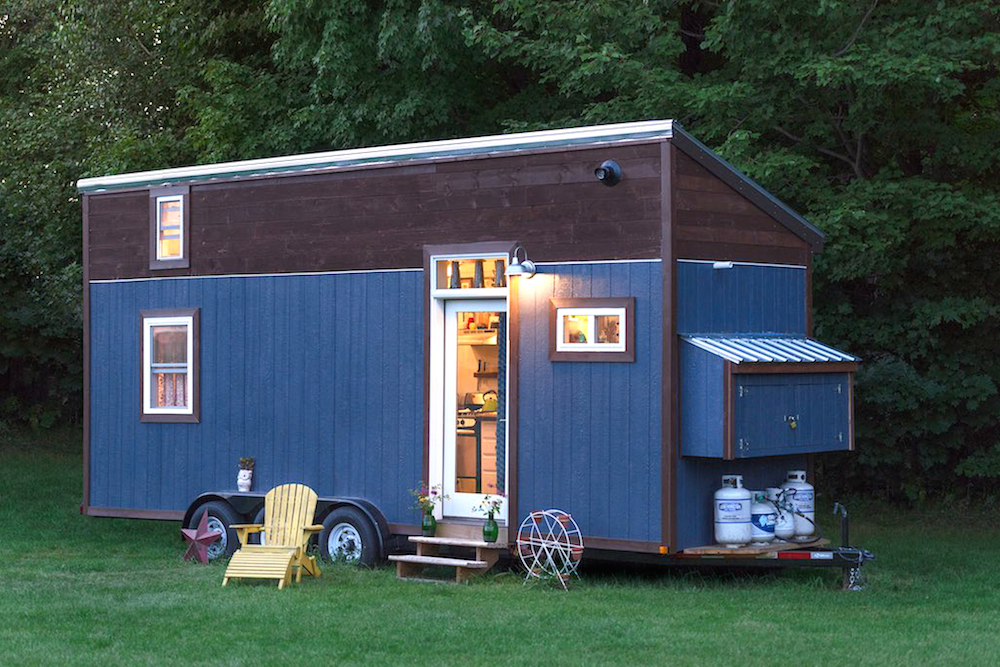 tiny houses in 2016 more tricked out and eco friendly curbed. Black Bedroom Furniture Sets. Home Design Ideas