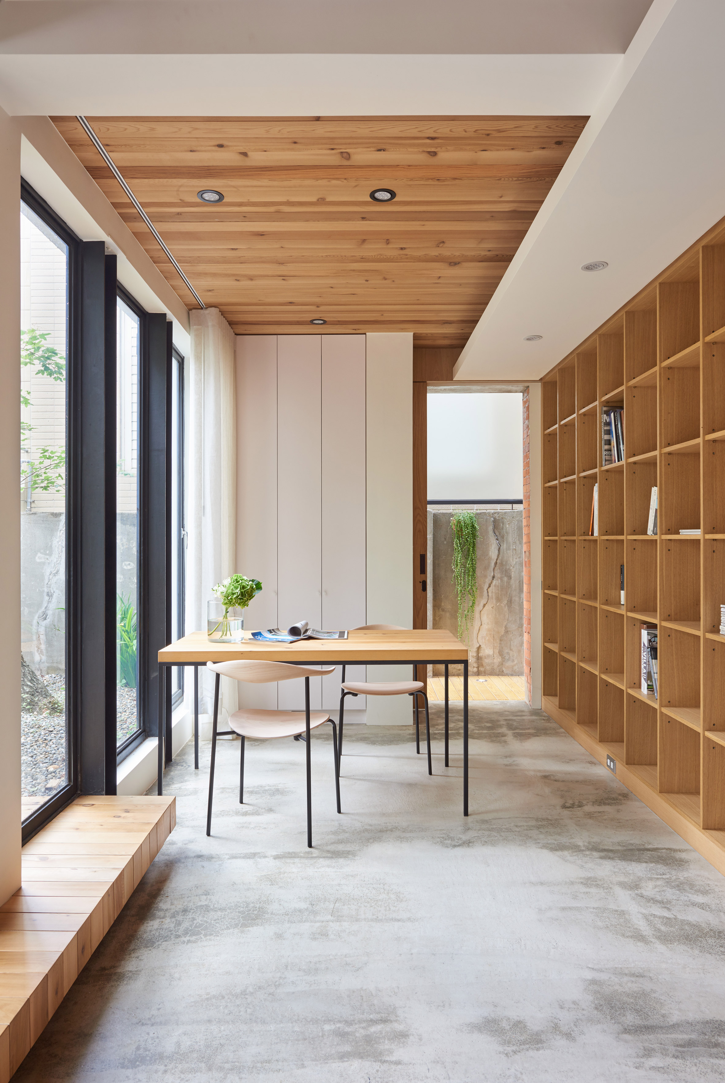 1960s taiwanese home gets a bright and airy renovation curbed. Black Bedroom Furniture Sets. Home Design Ideas