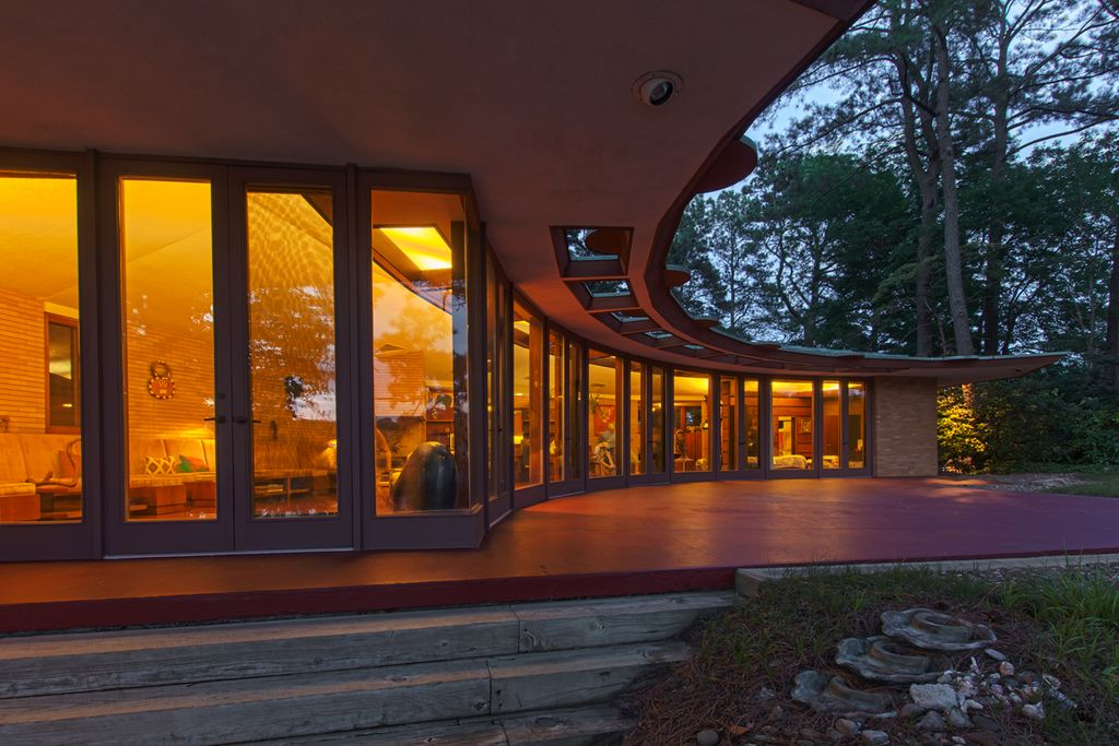 9 best frank lloyd wright homes for sale in 2016 curbed - Frank lloyd wright houses for sale ...
