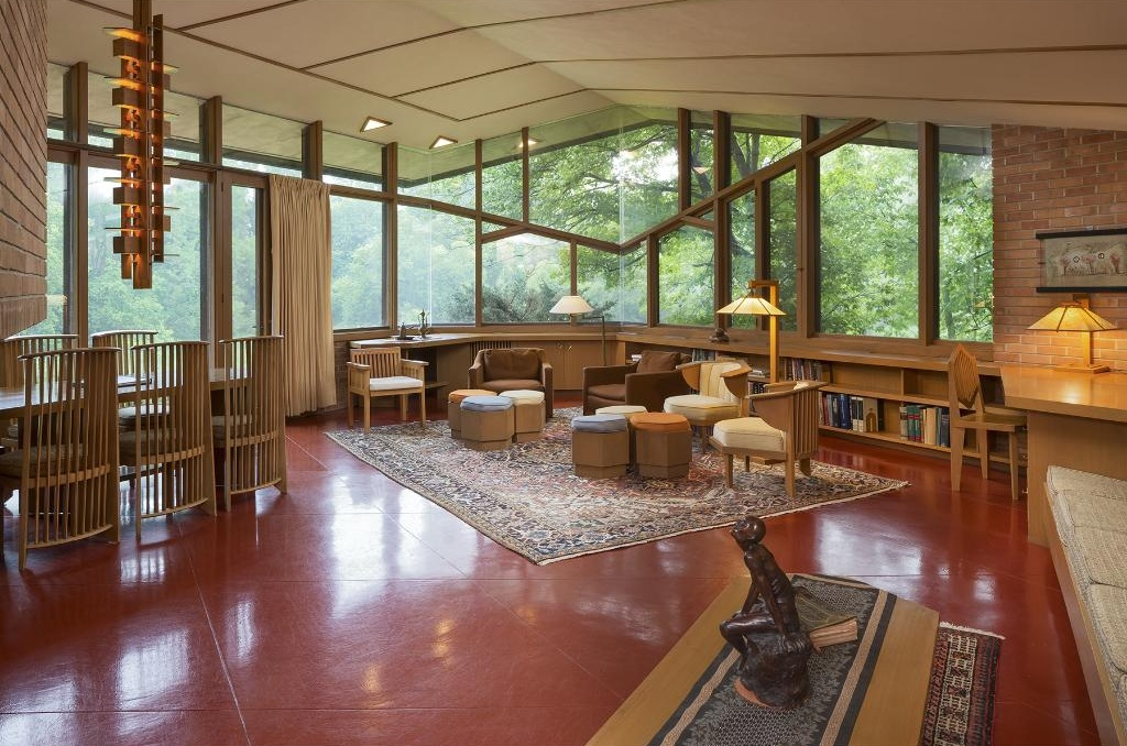 9 best frank lloyd wright homes for sale in 2016 curbed for Frank lloyd wright stile prateria
