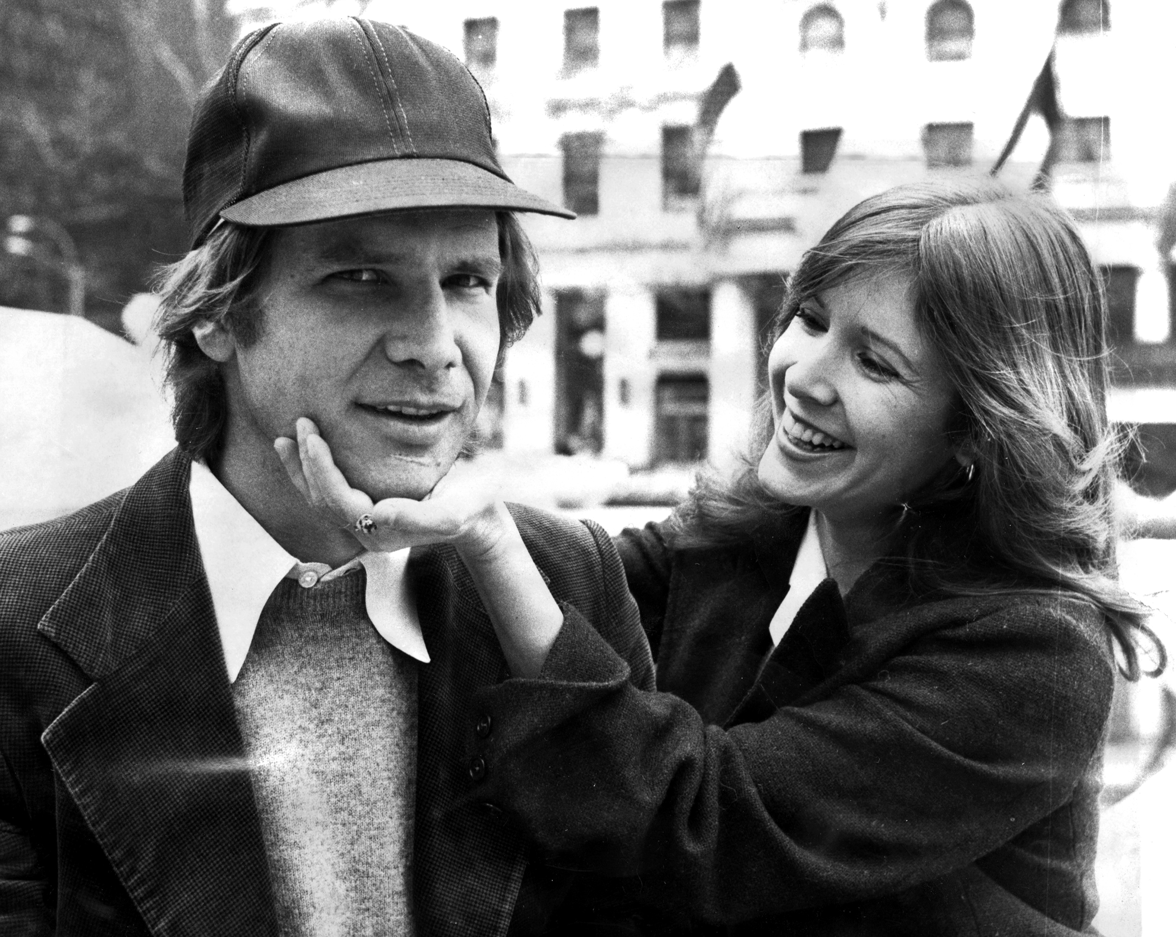 Harrison Ford and Carrie Fisher on Fifth Ave outside The Pla  sc 1 st  The Verge & Carrie Fisheru0027s last Harrison Ford story isnu0027t romantic itu0027s ... markmcfarlin.com