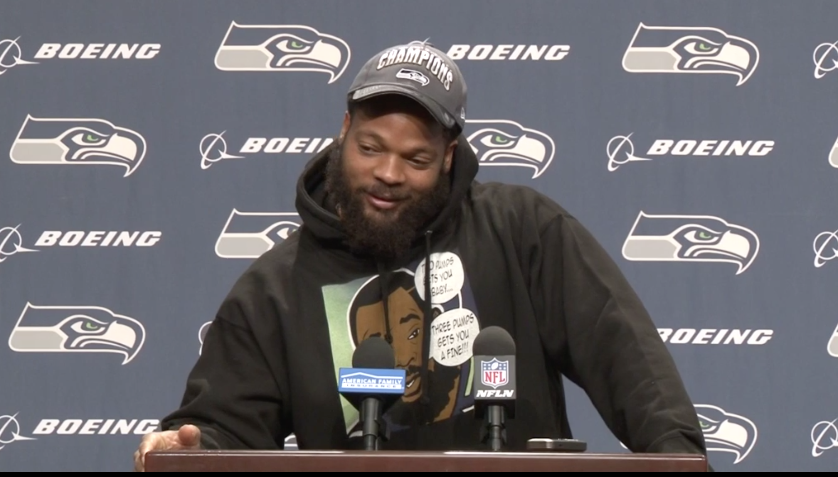 Michael Bennett is now wearing a 2 pumps you a baby 3 pumps