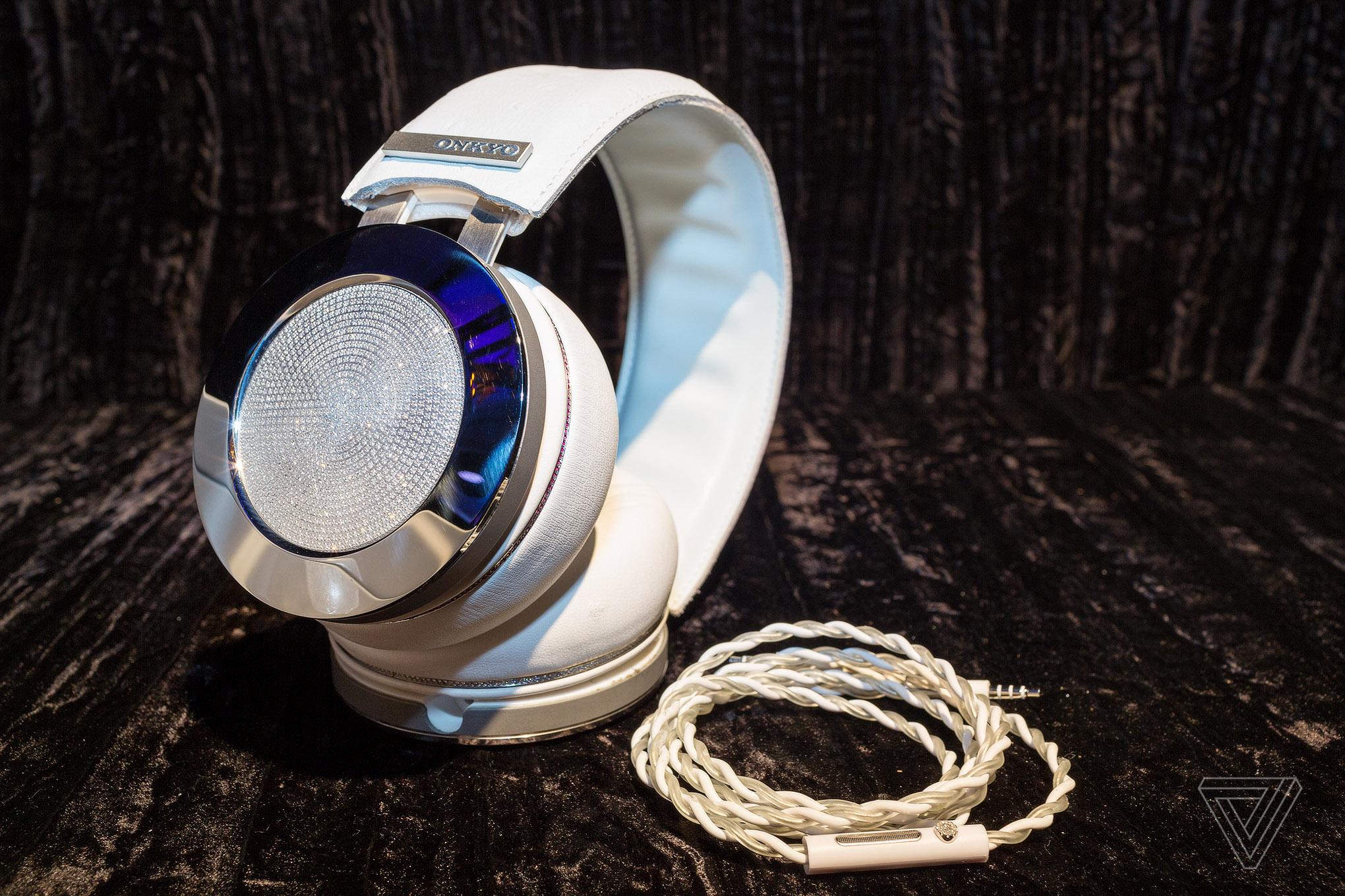 onkyo headphones. The King Of Bling: Hands On With Onkyo\u0027s $100,000 Diamond Headphones Onkyo P