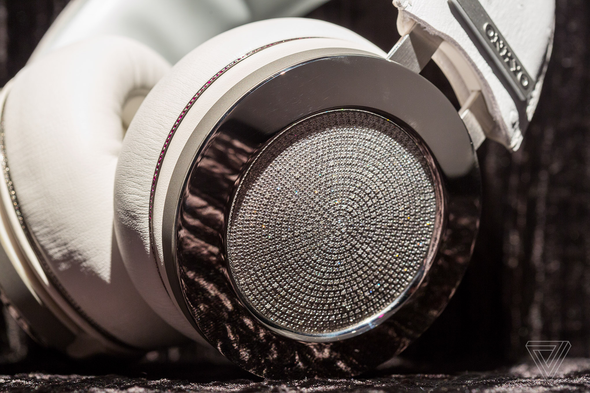 onkyo headphones. the king of bling: hands on with onkyo\u0027s $100,000 diamond headphones onkyo