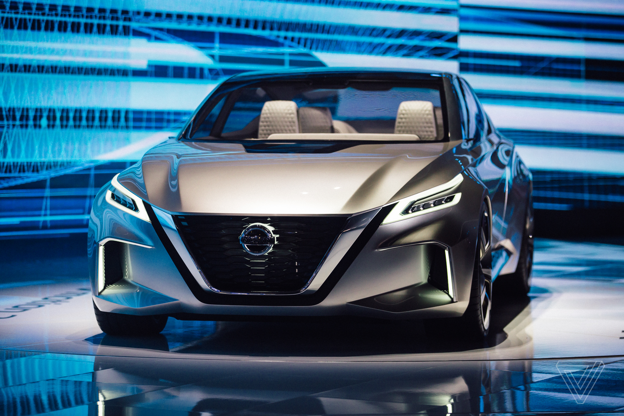 Nissan Vmotion 2 0 Concept Gives A Jolt To Boring Sedans The Verge