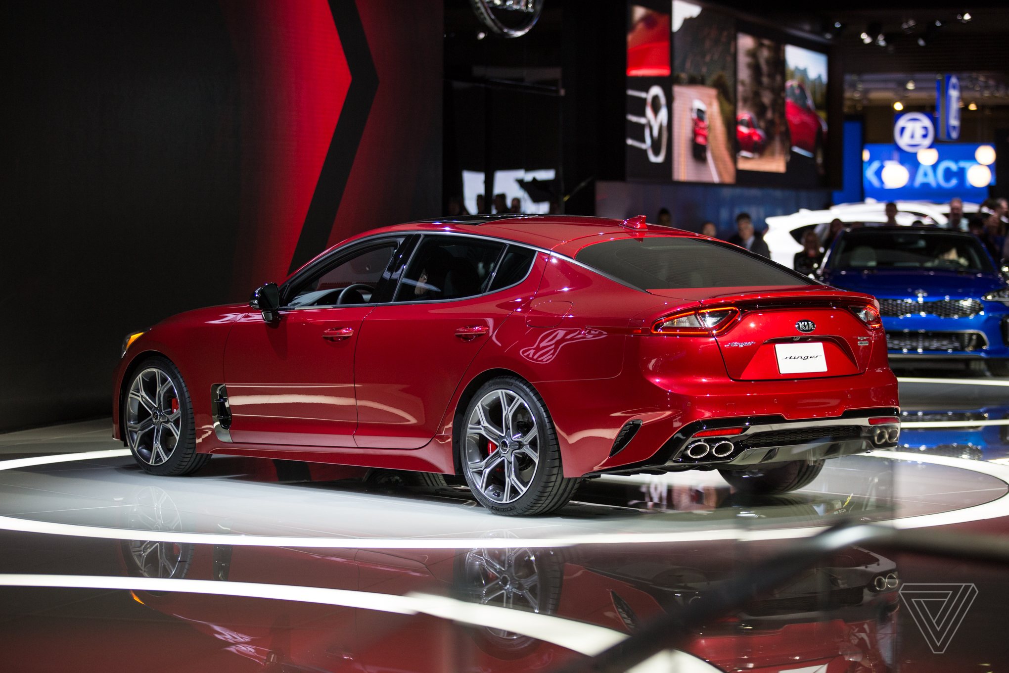 the kia stinger is a sports sedan that sizzles in a sea of practical production cars the verge. Black Bedroom Furniture Sets. Home Design Ideas
