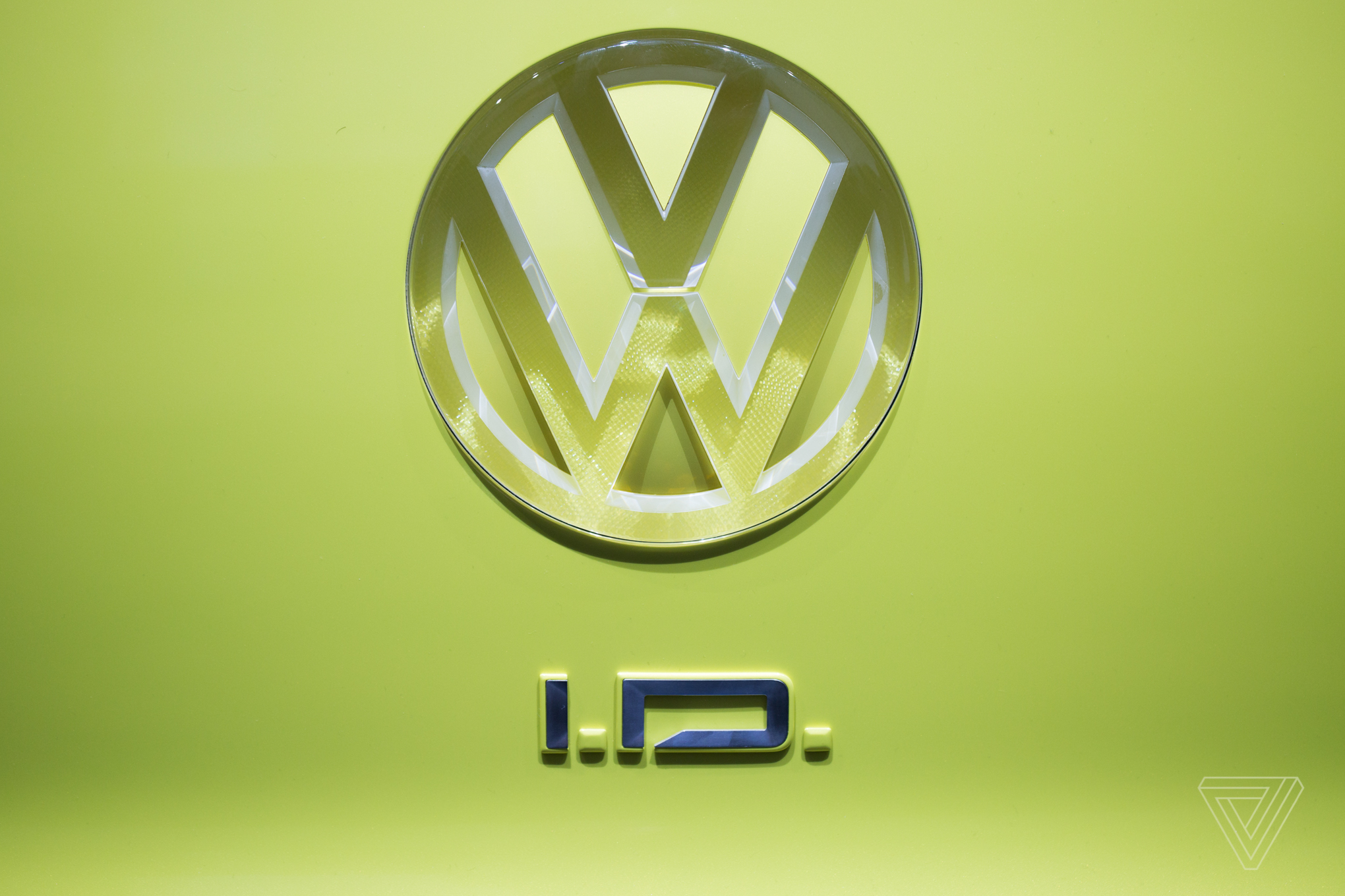 Why Volkswagen keeps making microbus throwbacks it never ...
