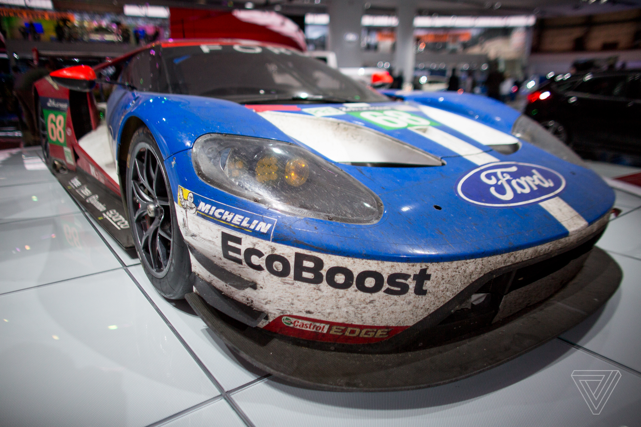 The Most Beautiful Car At The Detroit Auto Show Is Covered In Dirt - Auto ford