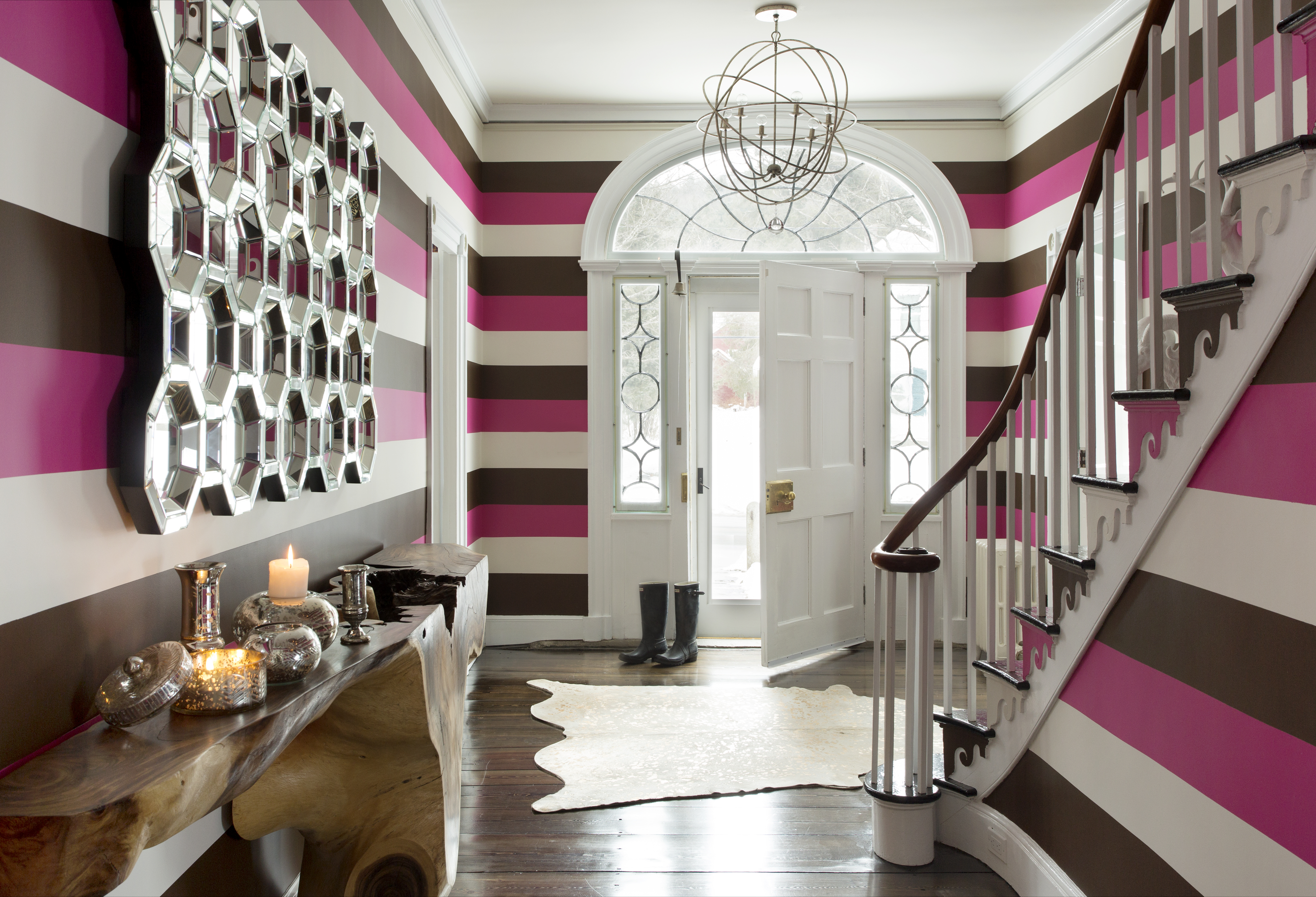Neon Pink Interior Paint Part - 39: An Entry With Bright Pink, Dark Brown, And White Painted Horizontal Stripes.