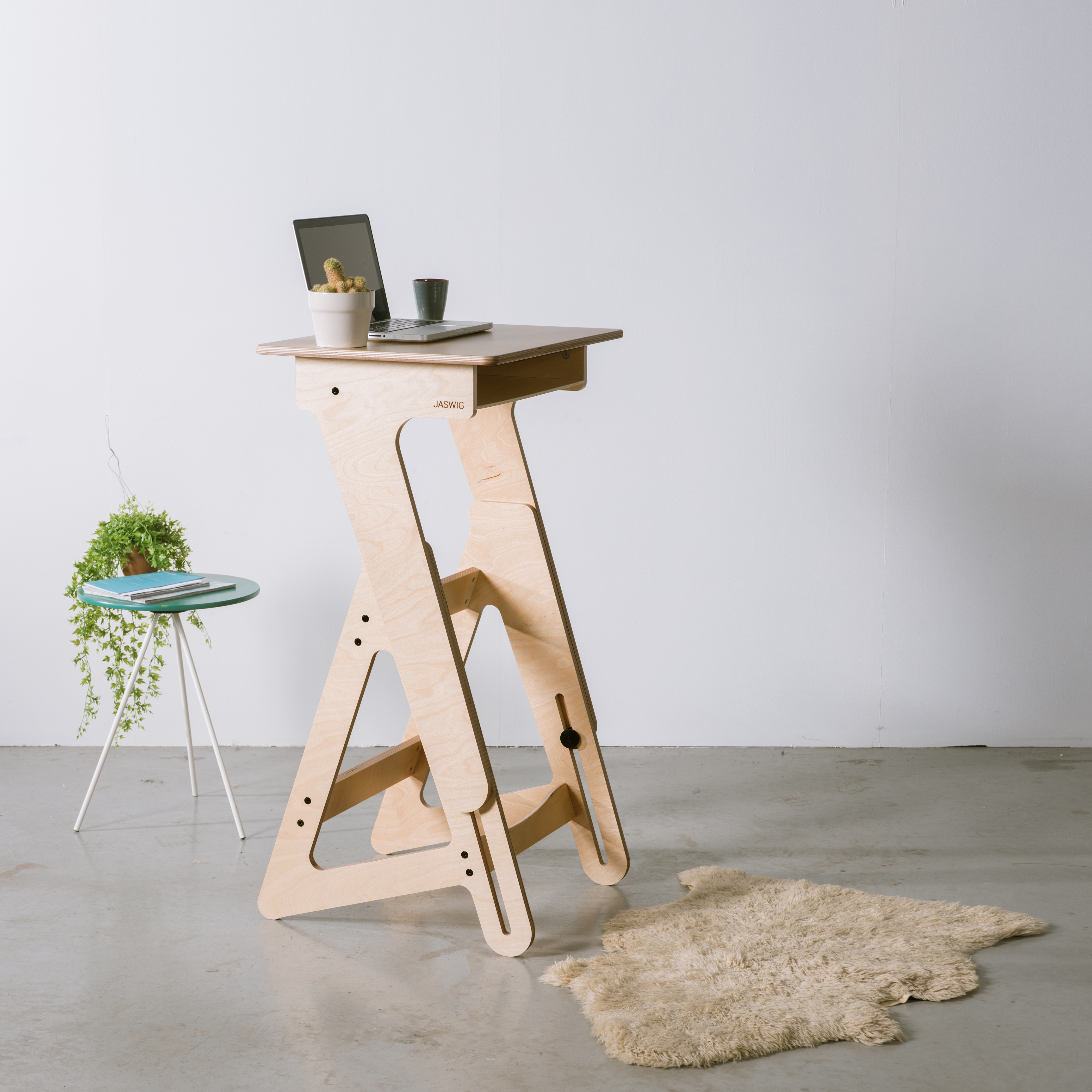 New Wooden Standing Desk Is Scandinavian Inspired And Totally Cute