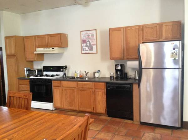 ... Middle Of Hamtramck In The Old First Baptist Church, This Loft Has  2,400 Square Feet, 14 Foot High Ceilings, And A Fenced In Outdoor Space In  The Back.