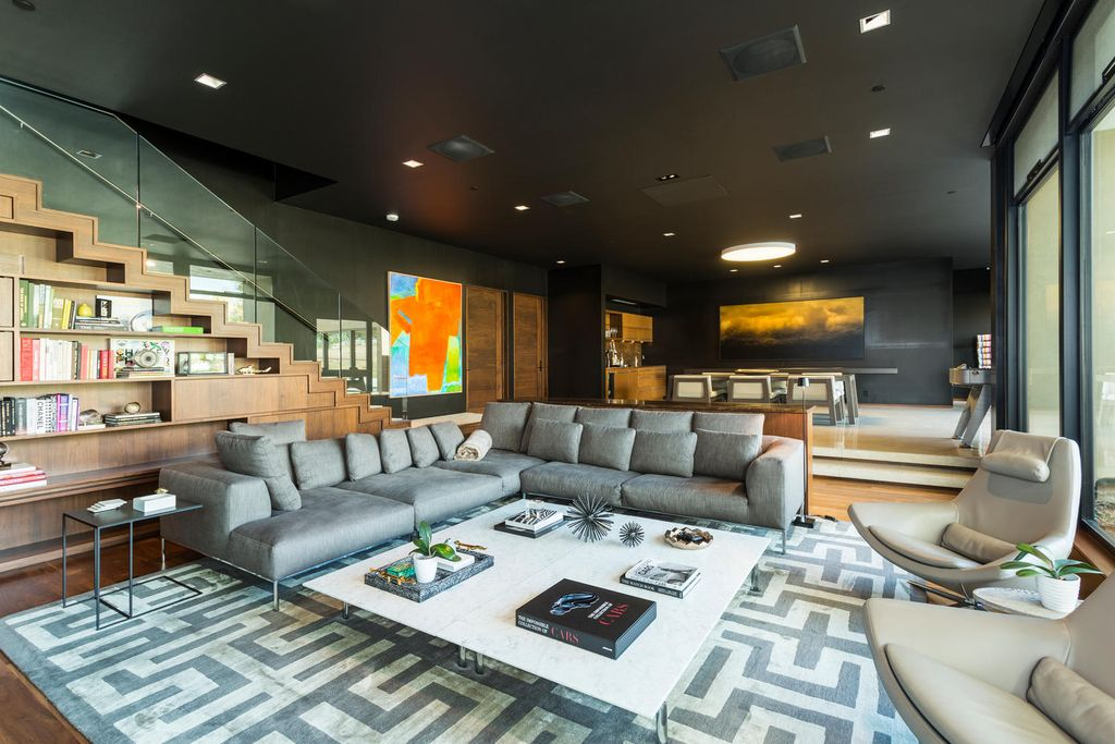 Gorgeous modern home with enviable indoor-outdoor living asks $9.5M