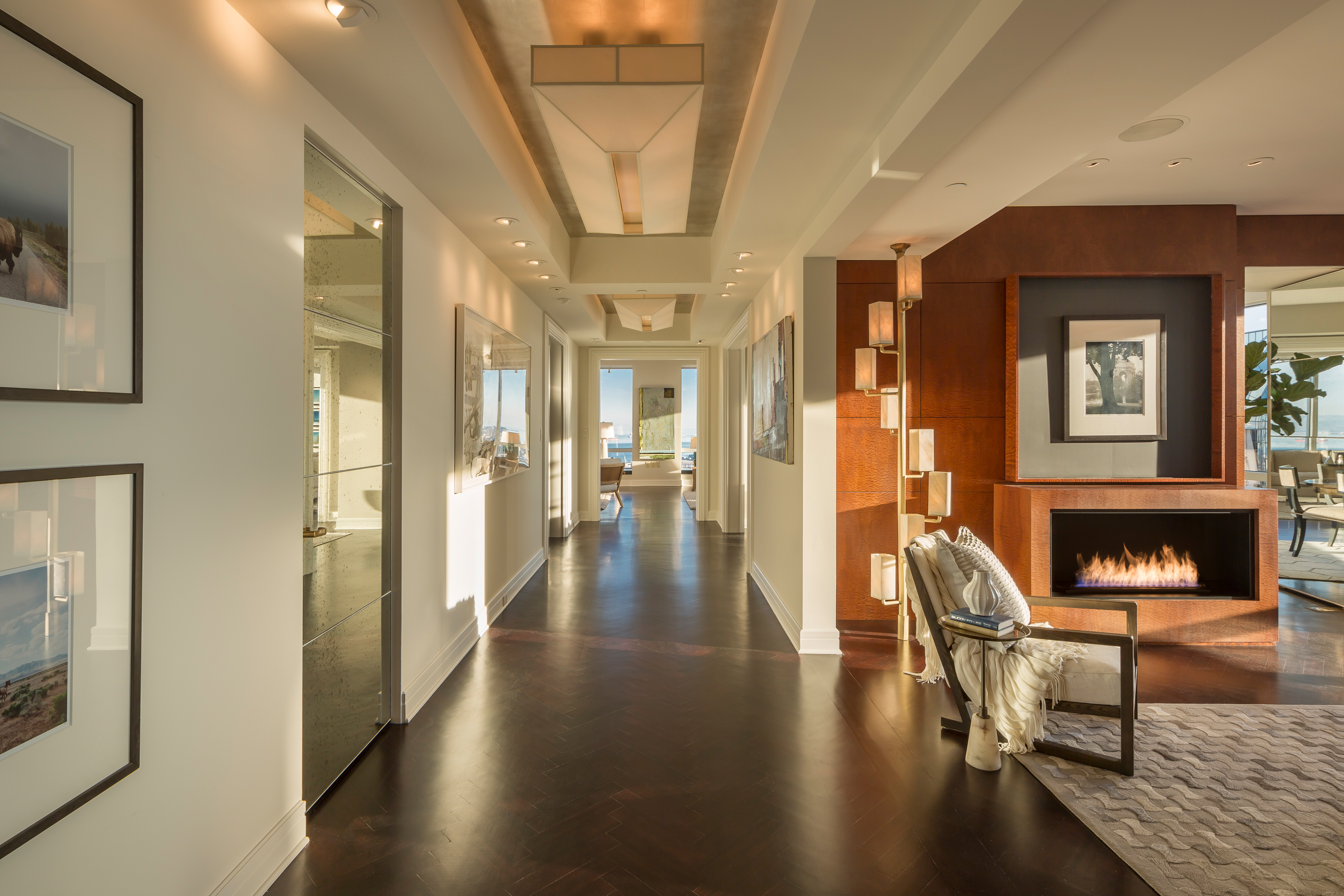 Foyer Infinity Apartment : M four seasons penthouse comes with five star