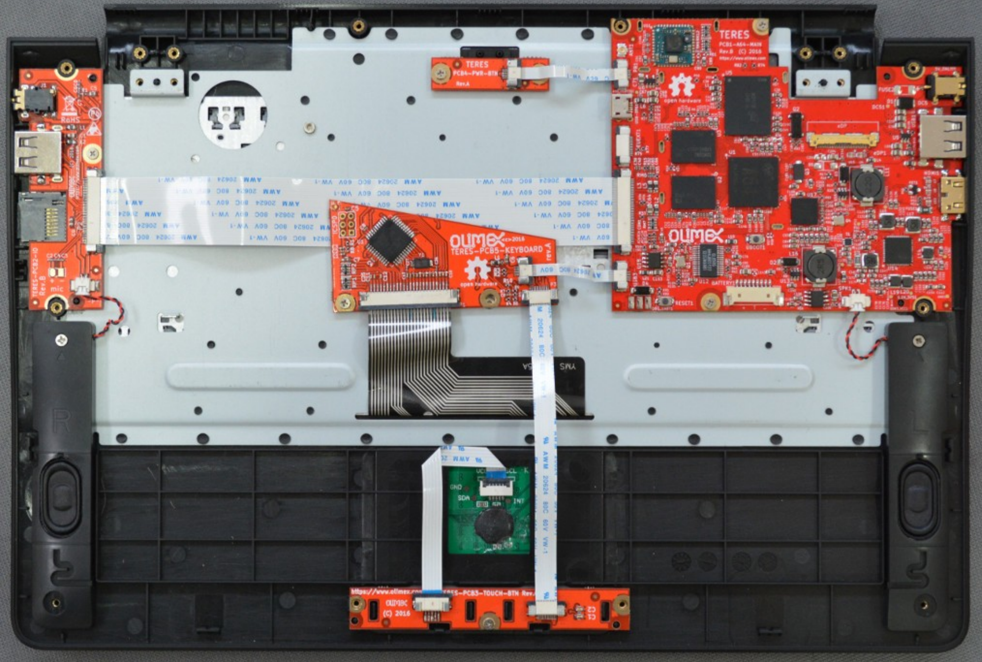 You can build a laptop out of open source components if you want a but unfortunately almost everything about this laptop is unsatisfying right now it runs a quad core arm64 chip though x86 and mips chips might be solutioingenieria Image collections