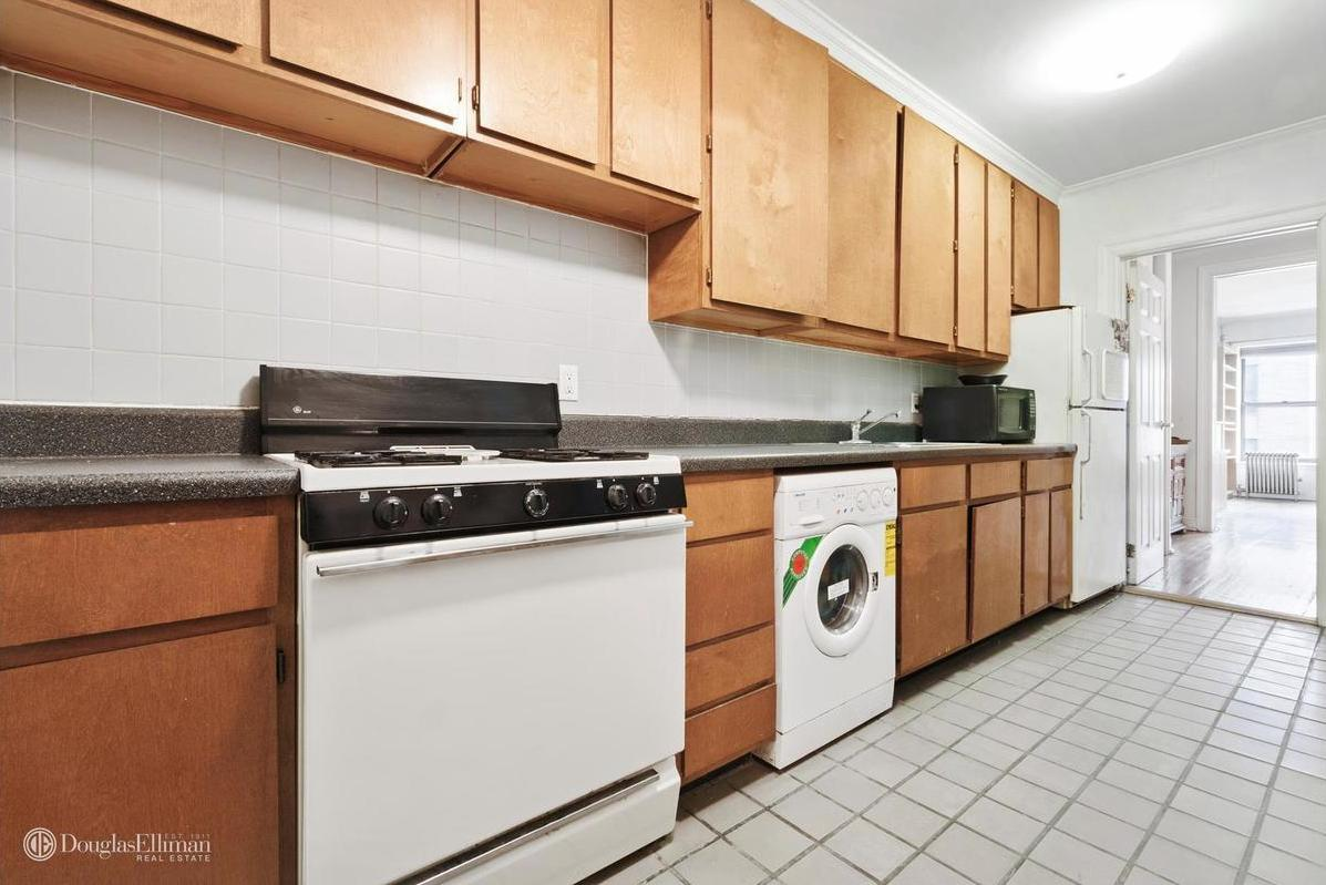 Uncategorized Co-op Kitchen Appliances 7 manhattan one bedrooms asking less than 500000 curbed ny in hells kitchen nab a floor through apartment with north and south views windowed the co op at 451 west 48th street co