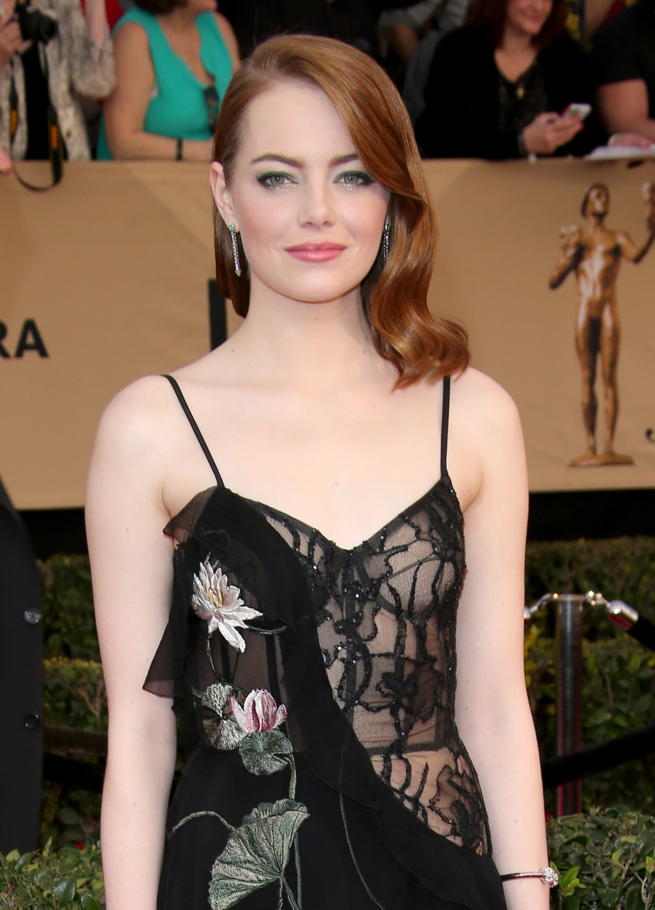 What Celebrities Wear Under Those Red Carpet Dresses Racked