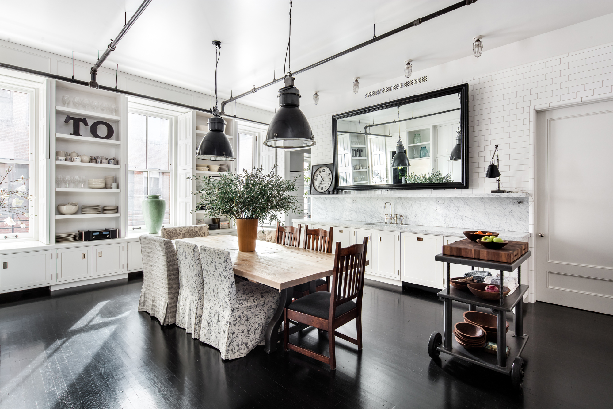 Meg Ryan s stunning Soho loft sells for $9 85M Curbed NY
