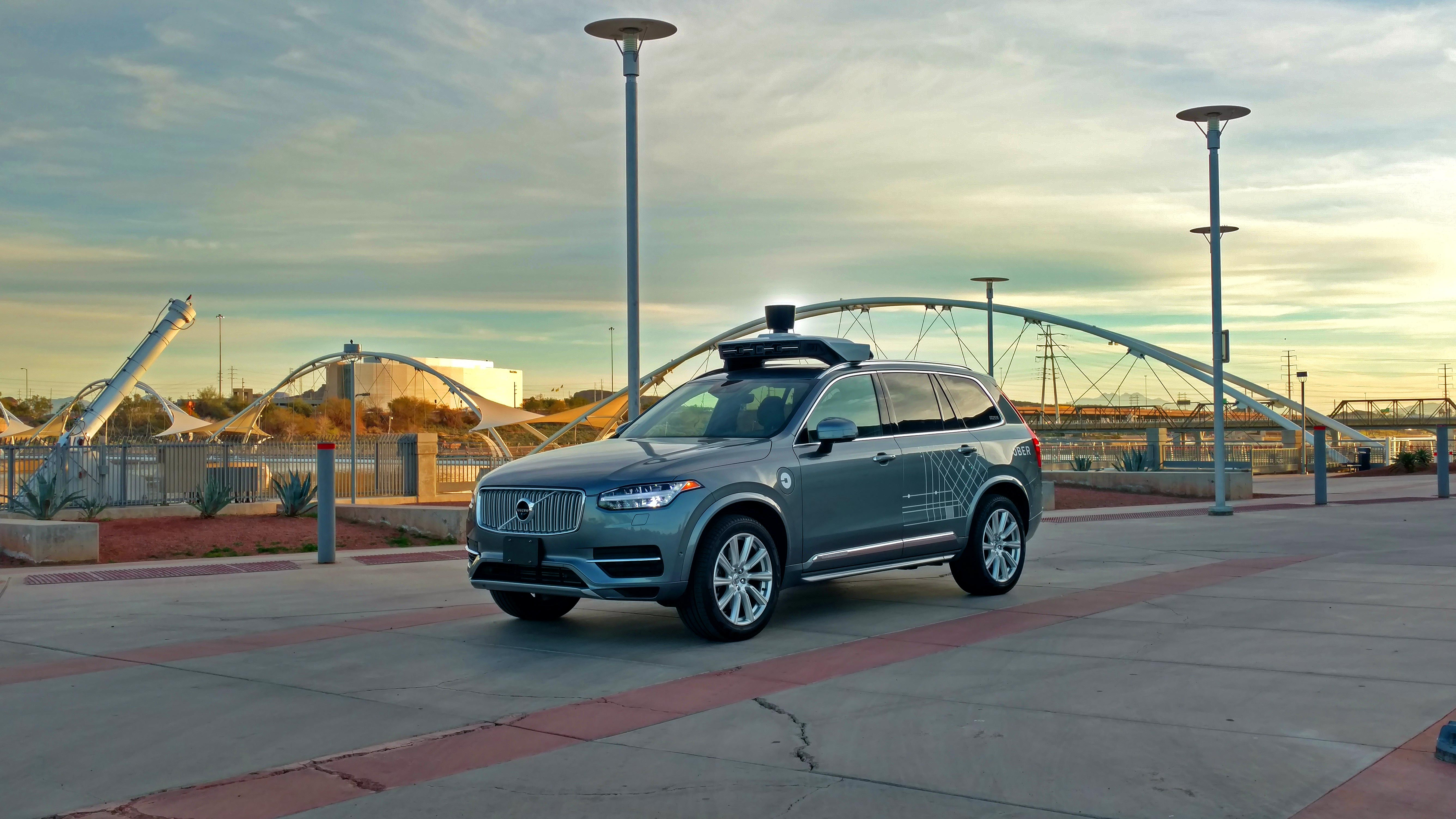 Uber S Self Driving Cars Are Now Picking Up Passengers In Arizona