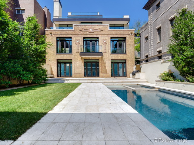 Old chicago utility substation turned luxury mansion takes for Chicago mansion for sale