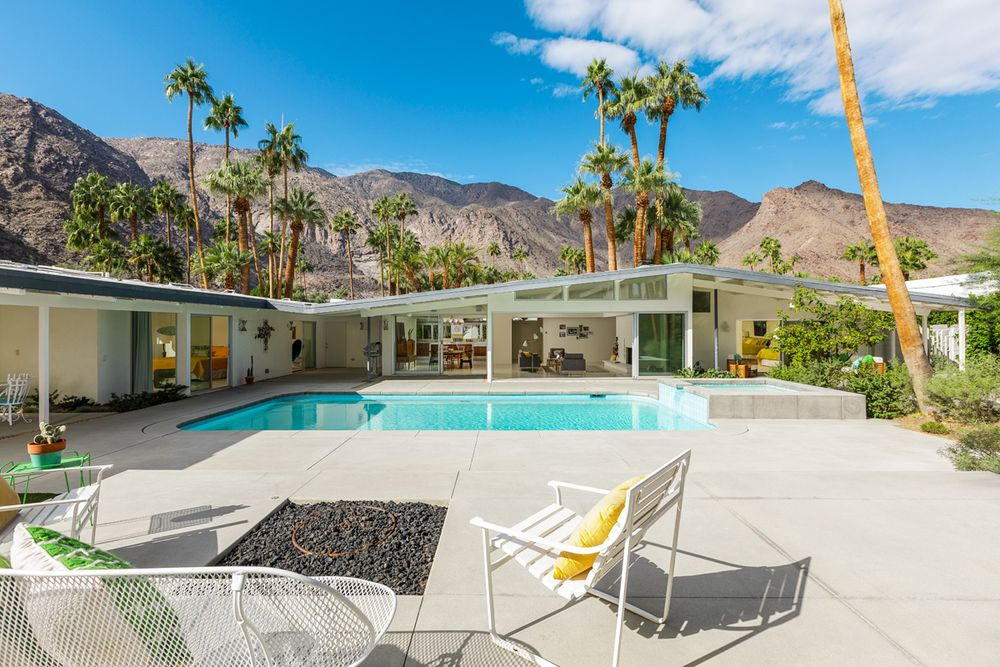 10 dreamy palm springs homes for sale right now curbed for Palm springs mid century modern homes for sale