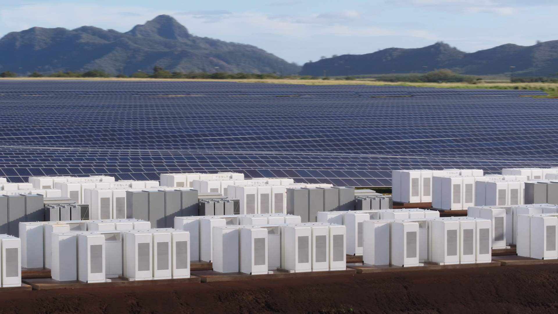 Tesla Built A Huge Solar Energy Plant On The Island Of